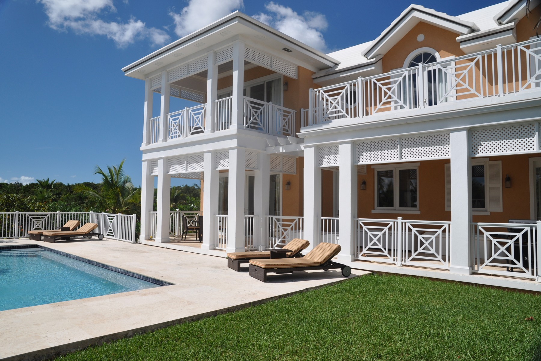 Bien divisible pour l Vente à Tangerine Villa 18 Share February Point, Exuma, . Bahamas