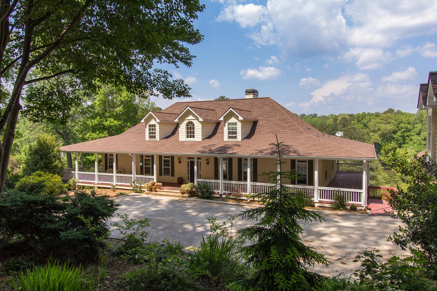 Maison unifamiliale pour l Vente à Lake, Land, Low Country Style 121 Pearls Farm Alpharetta, Georgia, 30004 États-Unis