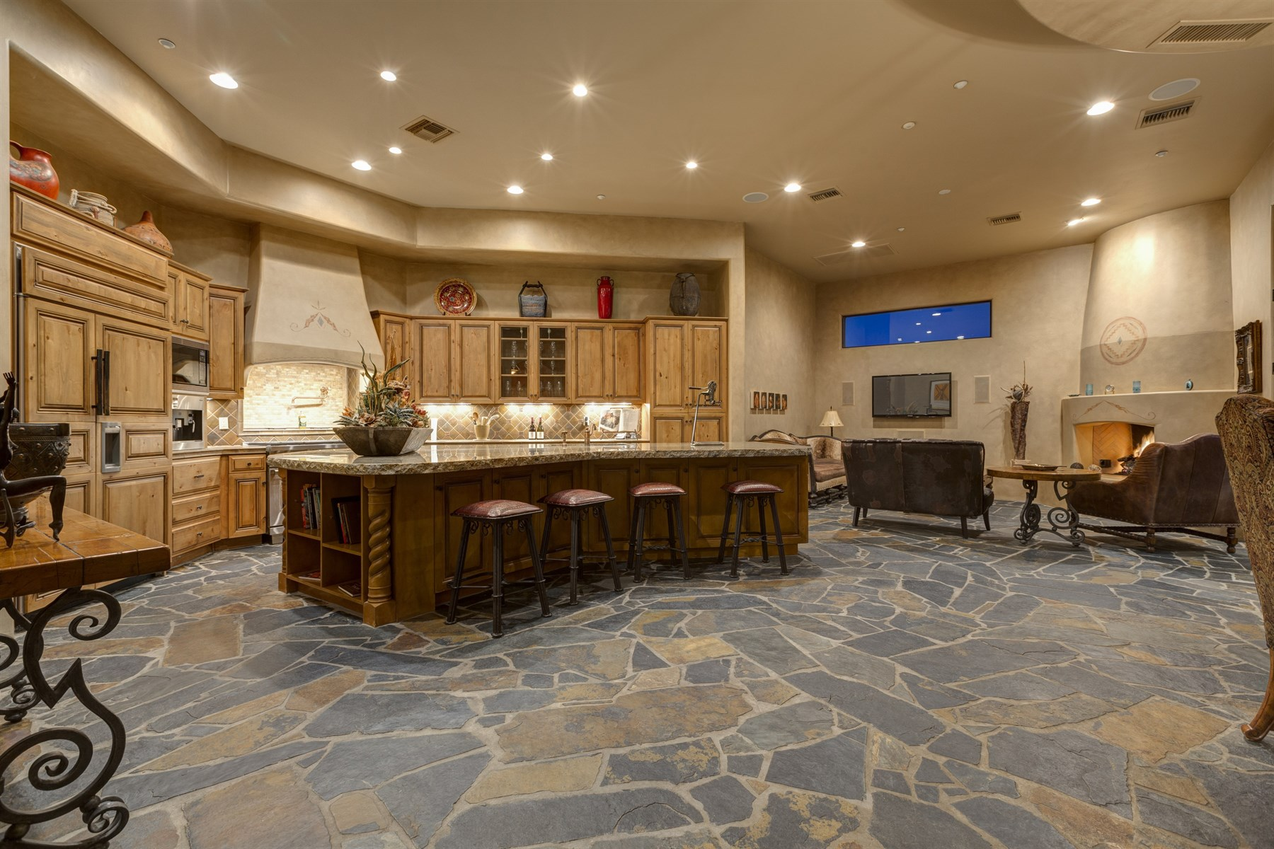 Property For Sale at Warm & Inviting Southwest Territorial Custom Home In Desert Mountain