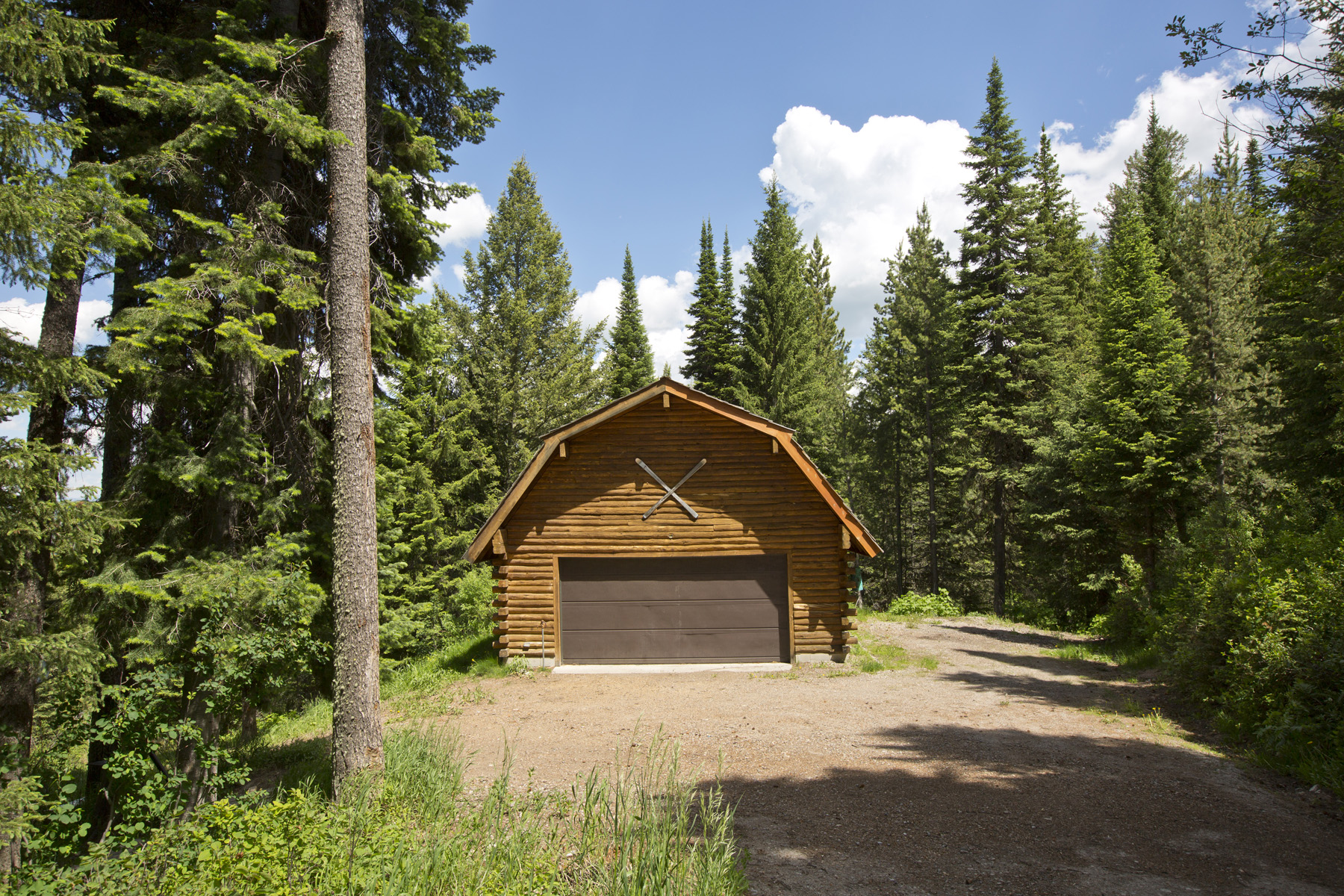 Property For Sale at Cabin in the Woods