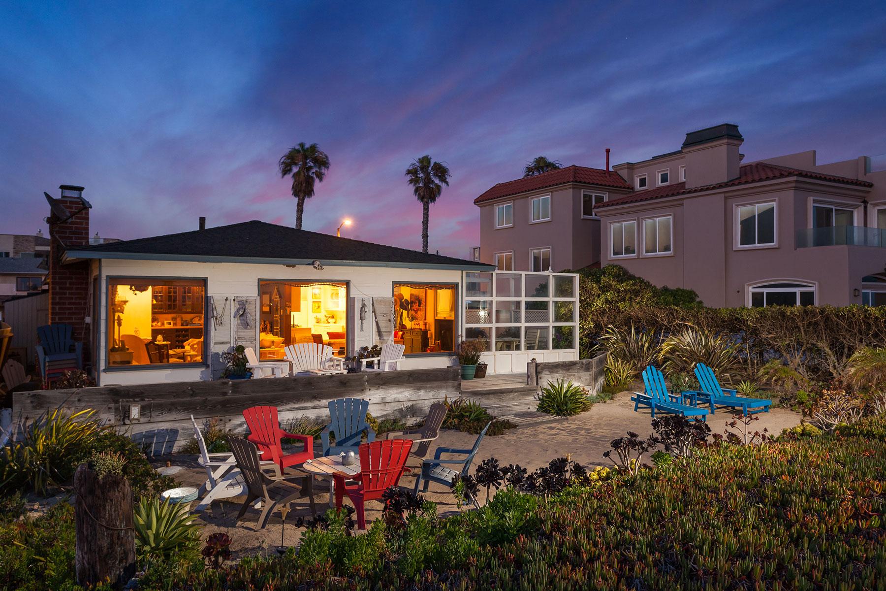 Einfamilienhaus für Verkauf beim 16351 S Pacific Coast Sunset Beach, Kalifornien, 90742 Vereinigte Staaten