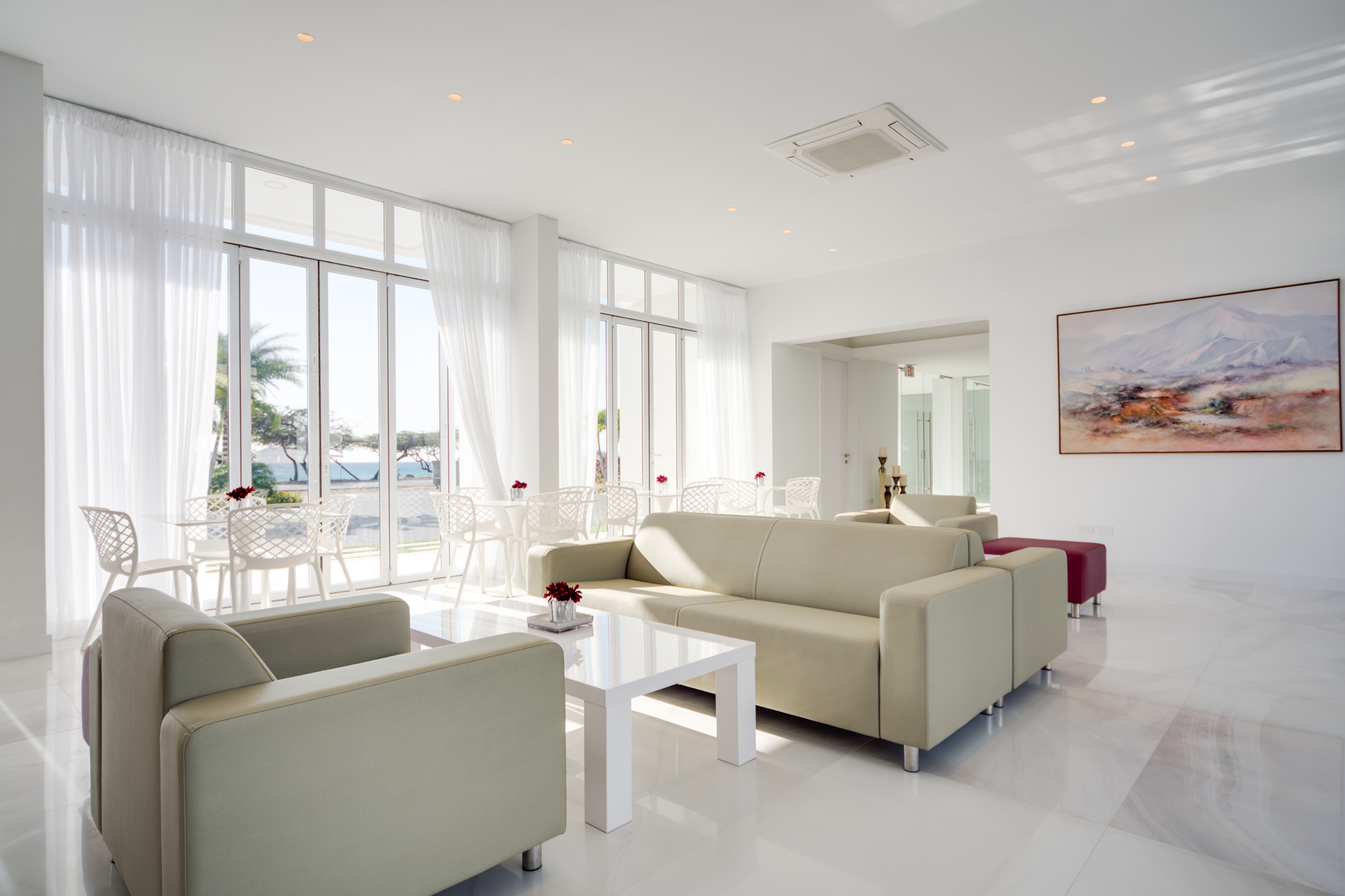 Additional photo for property listing at OceanZ Boutique Hotel Malmok, Aruba Aruba