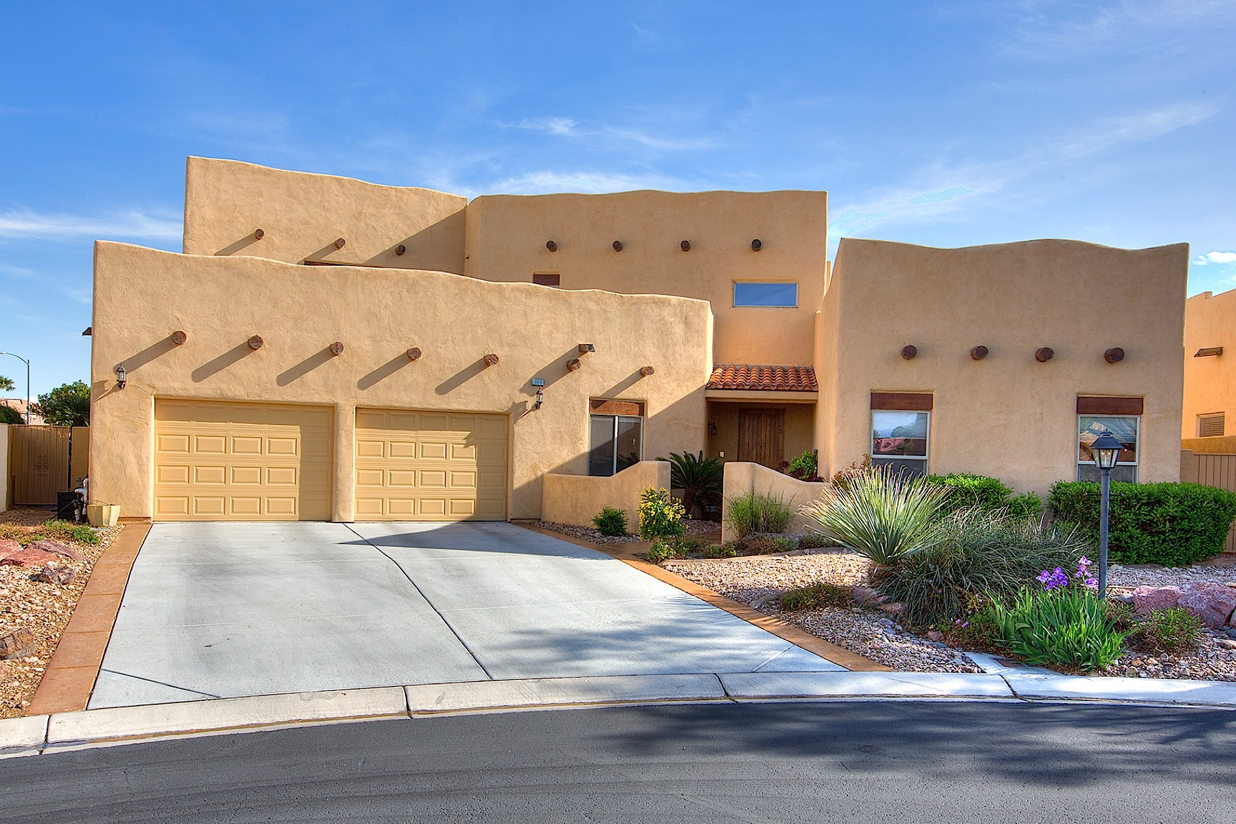 Single Family Home for Sale at 8153 Soaring Owl Av Las Vegas, Nevada, 89129 United States