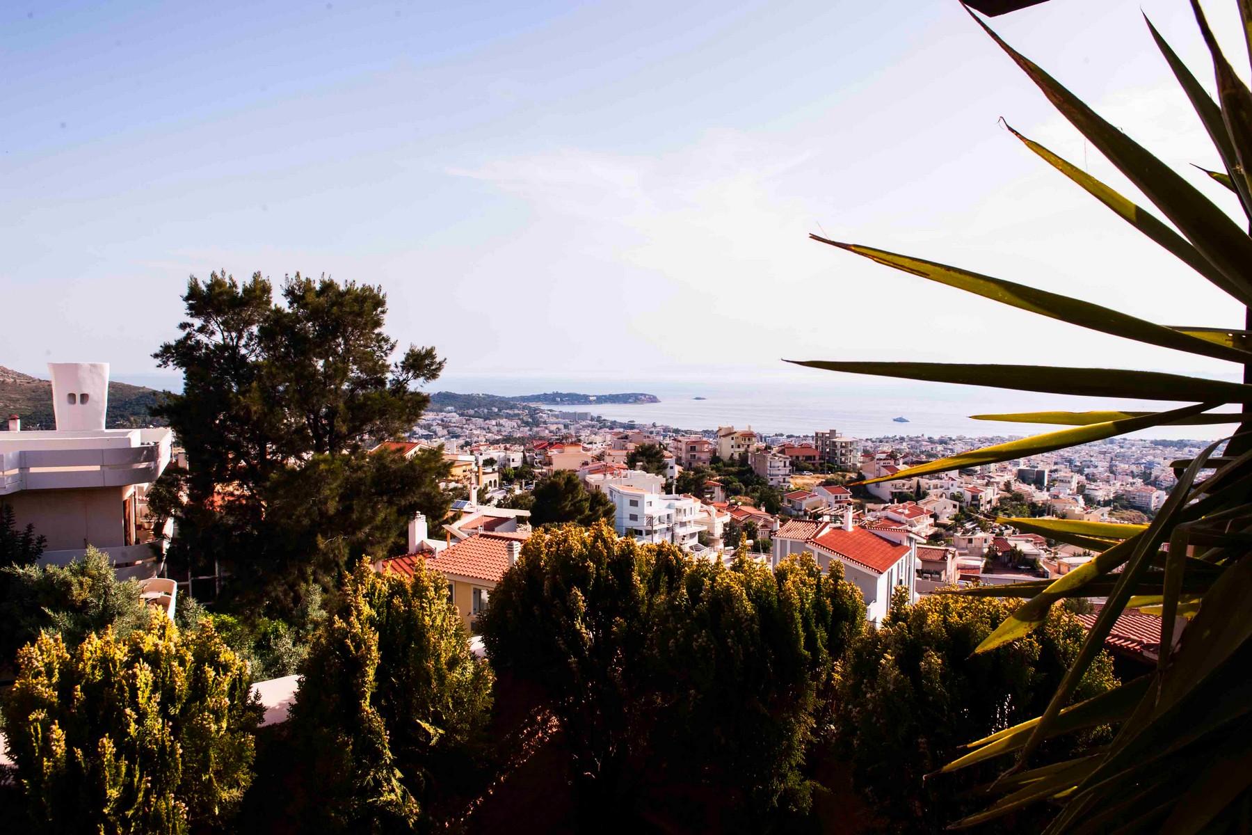 Maison unifamiliale pour l Vente à Demis Roussos' Villa Voula, Attiki Grèce