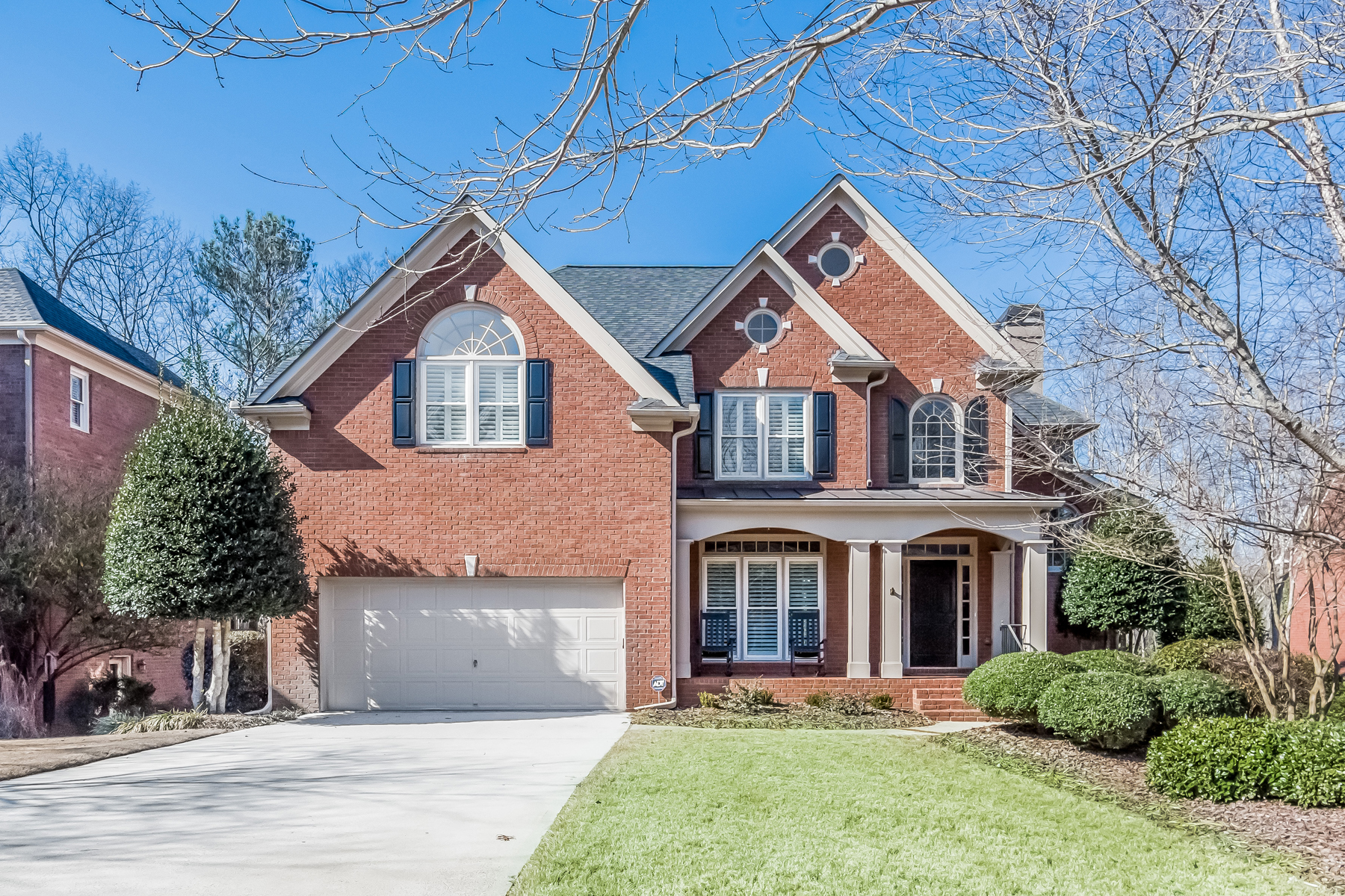 sales property at Sophisticated Traditional In Vinings Estates