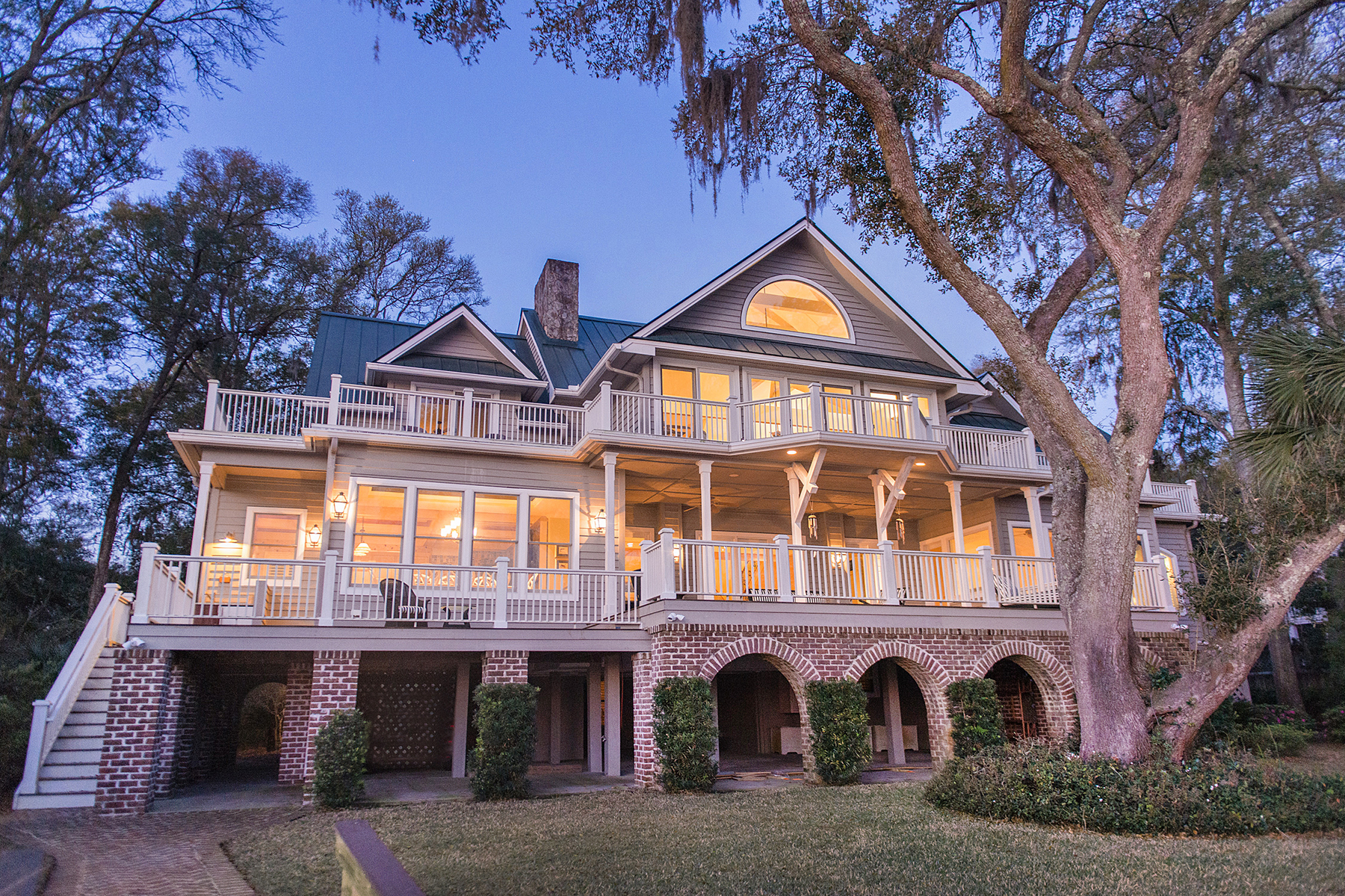 Single Family Home for Sale at Elegant Waterfront Estate 8928 Palmetto Road Edisto Island, South Carolina, 29438 United States