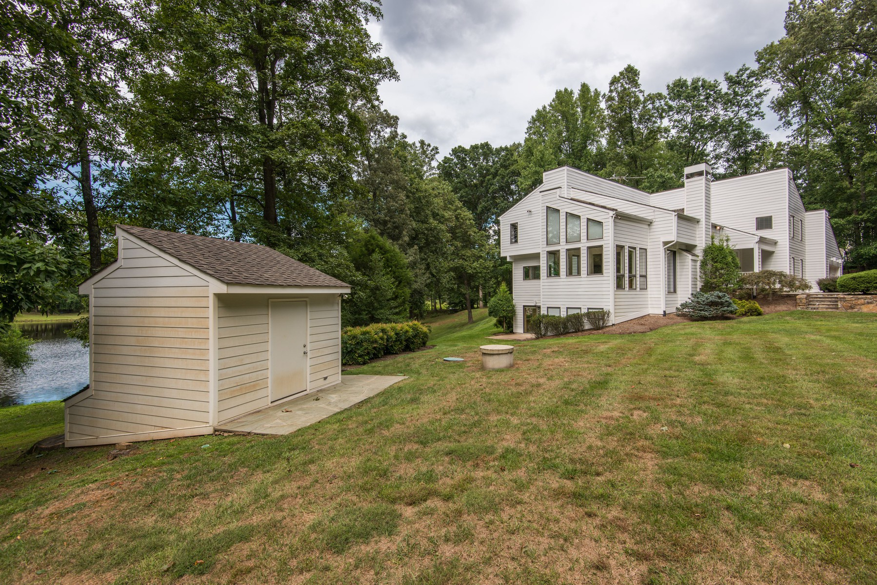 Additional photo for property listing at 10896 Lake Windermere Drive, Great Falls  Great Falls, Virginia 22066 Verenigde Staten