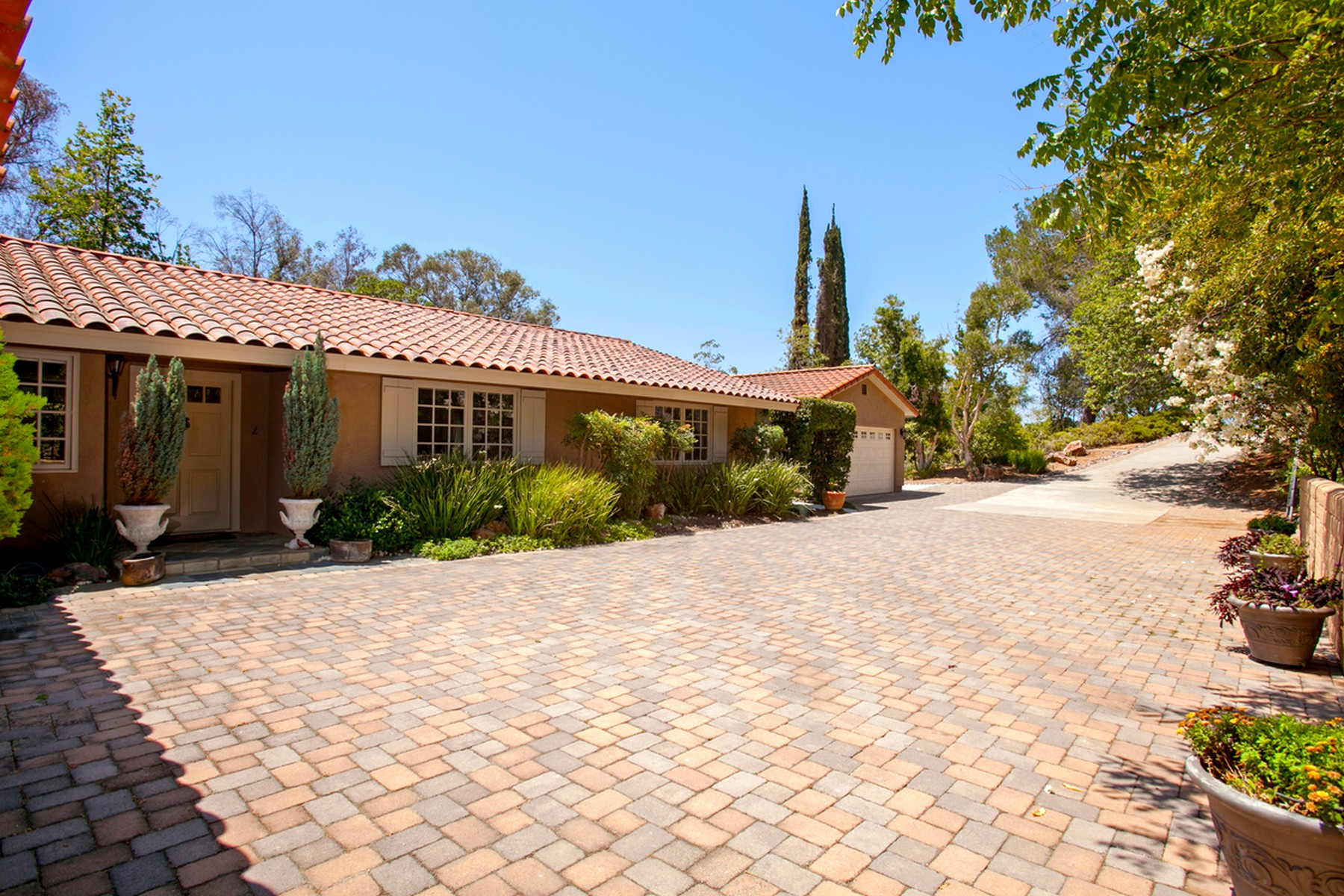 Additional photo for property listing at 13267 Silver Saddle Lane  Poway, Californie 92064 États-Unis