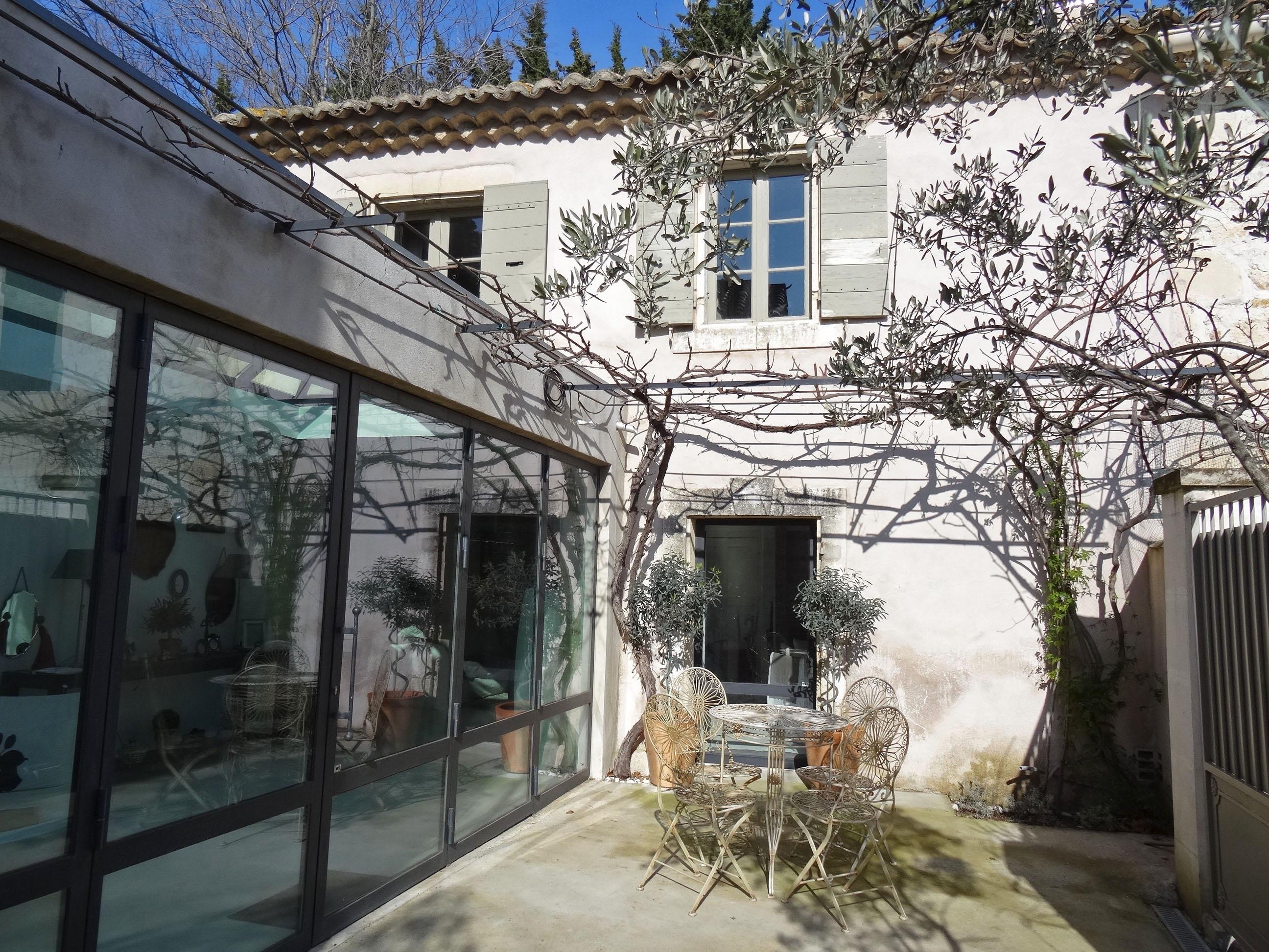 联栋屋 为 销售 在 TYPIQUE MAISON DE VILLAGE AVEC TRES BELLE RENOVATION Other Provence-Alpes-Cote D'Azur, 普罗旺斯阿尔卑斯蓝色海岸 13520 法国