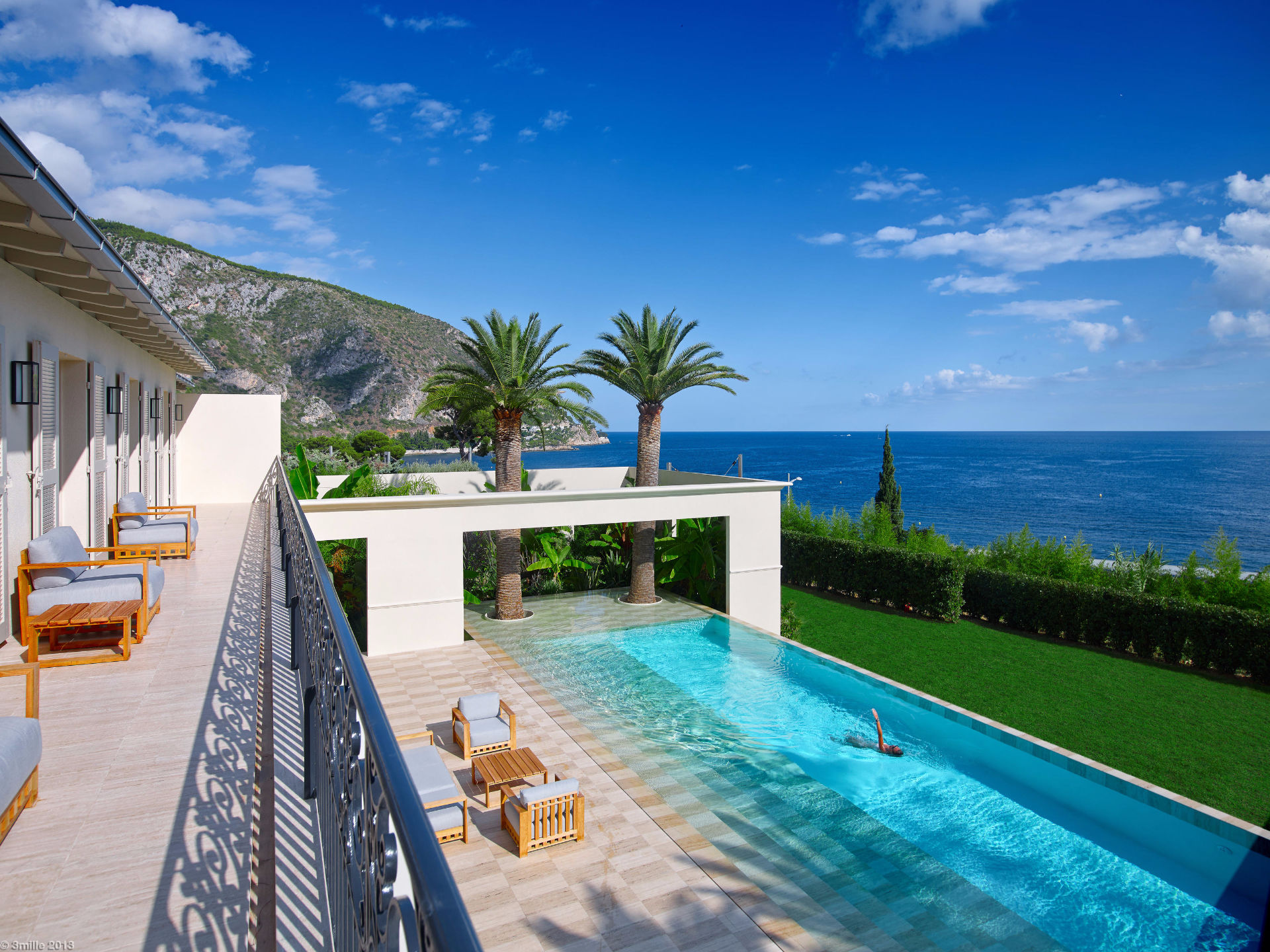 Property For Sale at Luxurious villa with tennis court, pool and stunning sea views