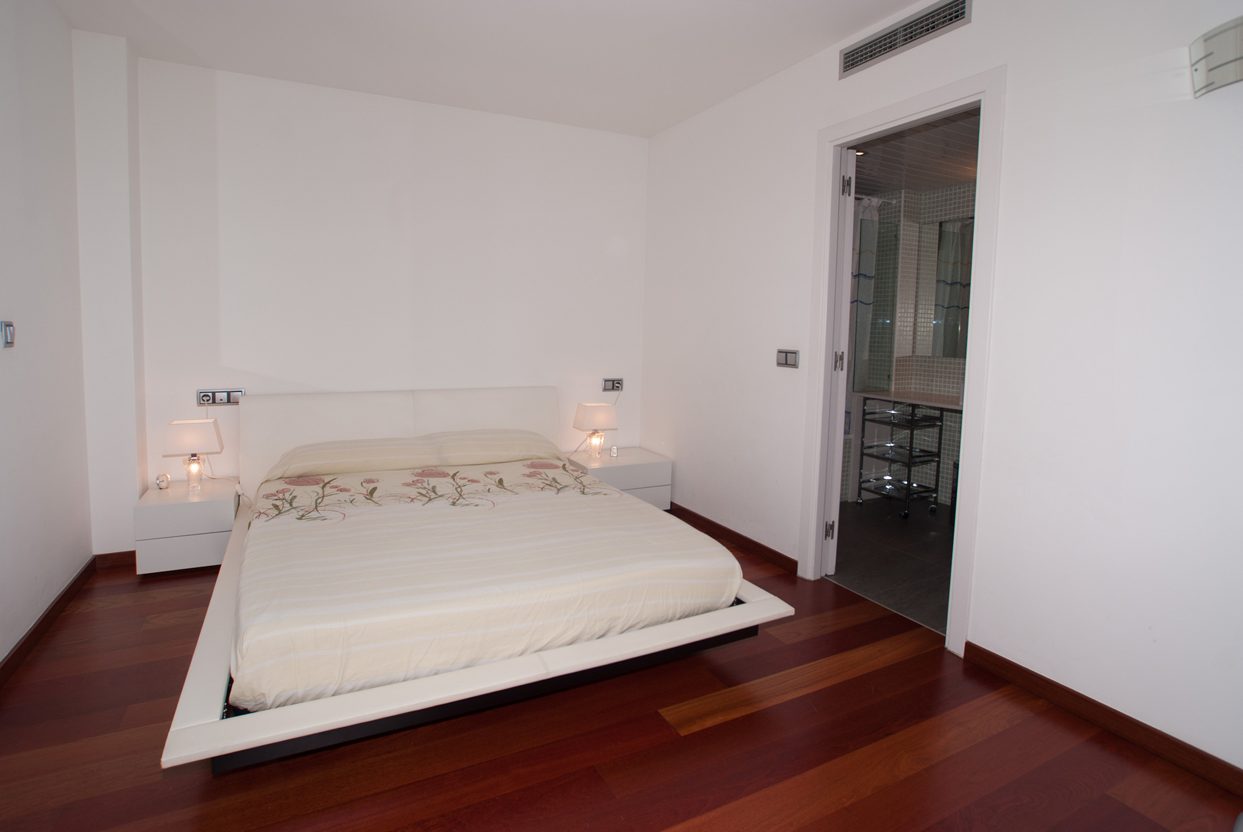 Duplex 为 销售 在 Elegant duplex facing the Mediterranean in Playa d Platja D Aro, Costa Brava 17250 西班牙