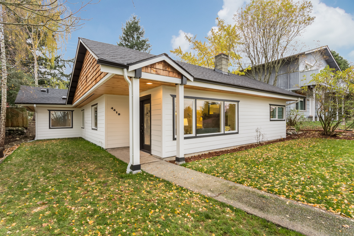 Property For Sale at Genesee Hill Rambler