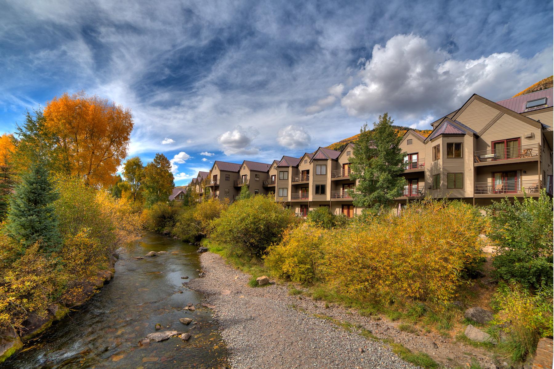 コンドミニアム のために 売買 アット Viking Lodge 204 651 W. Pacific Avenue, Unit 204 Telluride, コロラド 81435 アメリカ合衆国