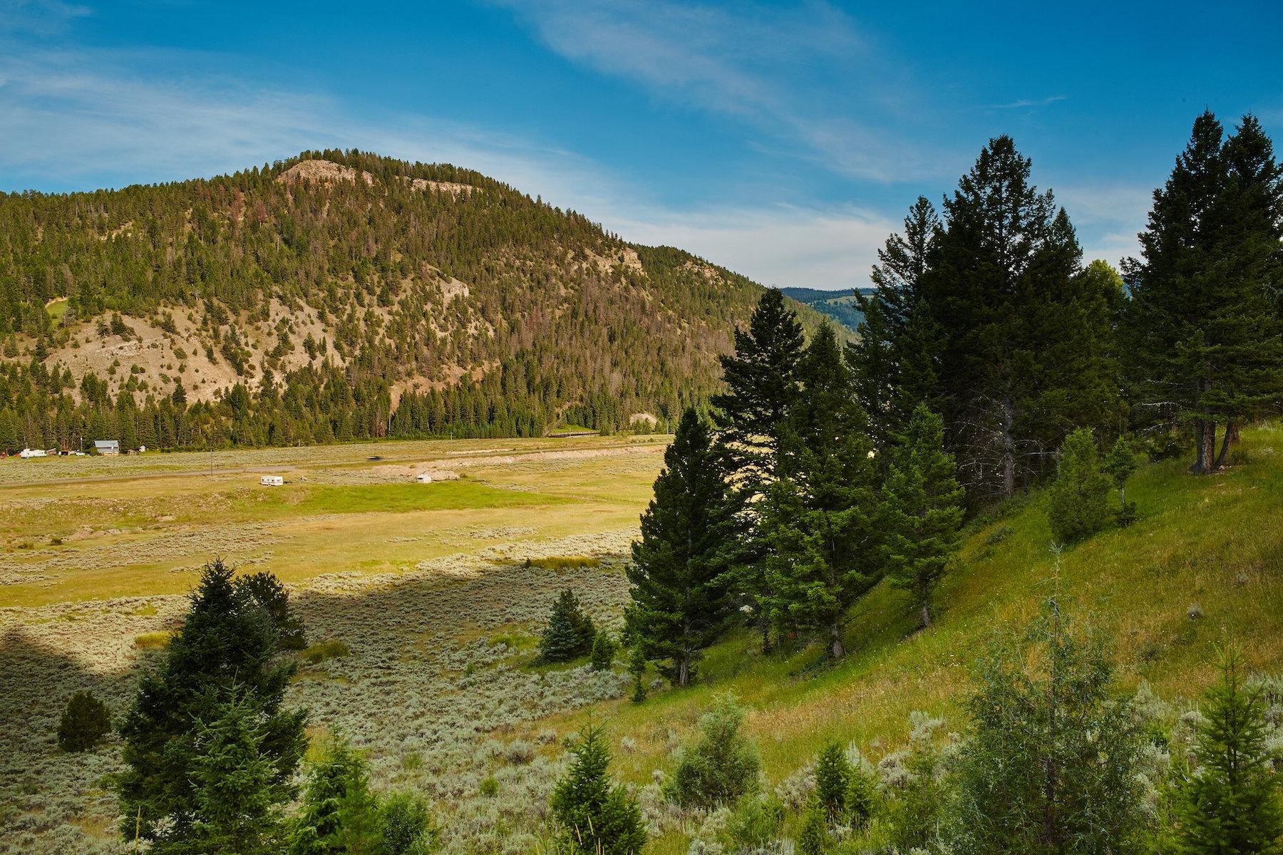 Terreno para Venda às Private Canyon Acreage Twin Antler, Beavercreek South Lot 12 Big Sky, Montana 59716 Estados Unidos