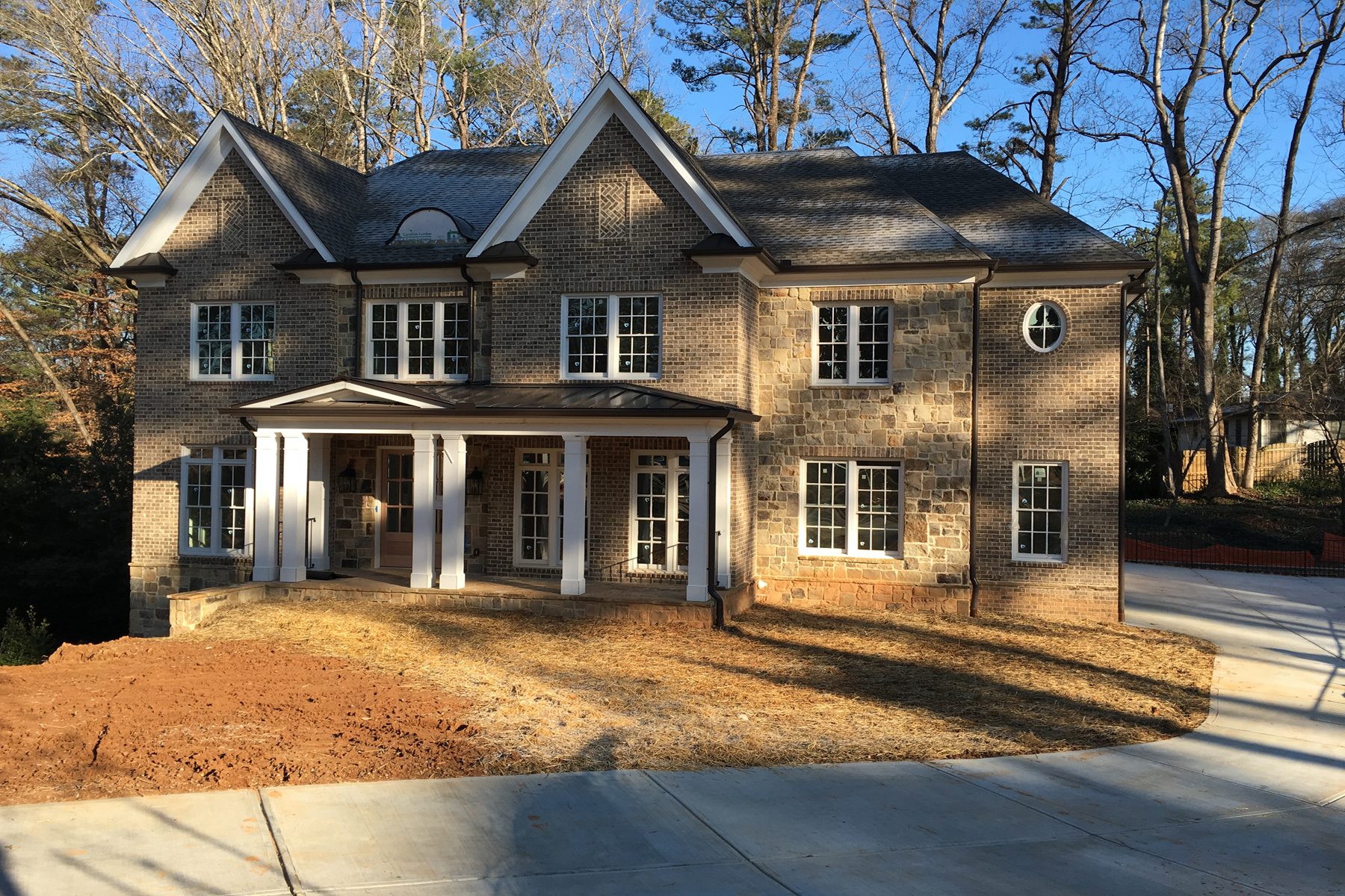 Moradia para Venda às New Construction Chastain 156 Lake Forrest Lane Atlanta, Geórgia 30342 Estados Unidos