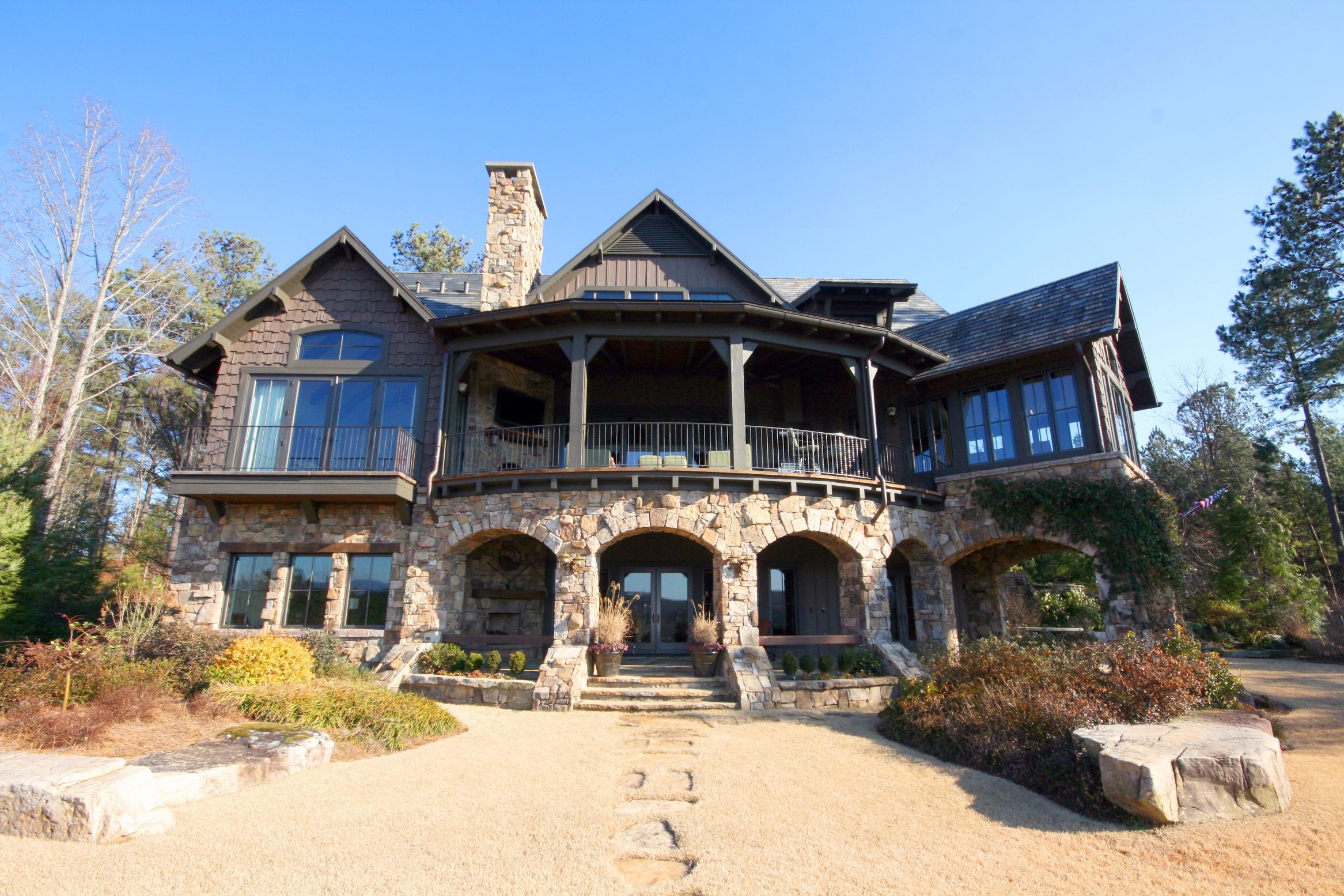 獨棟家庭住宅 為 出售 在 A Superbly Positioned Home with Sweeping Golf and Mountain Views 924 Firerock Court The Cliffs At Keowee Falls, Salem, 南卡羅來納州 29676 美國