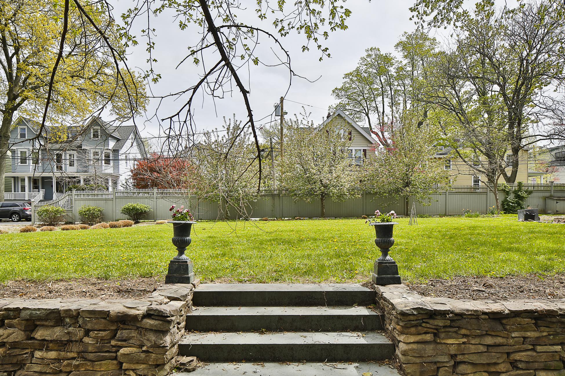 Terrain pour l Vente à A Building Lot in the Heart of Princeton 8 Park Place Princeton, New Jersey 08542 États-Unis