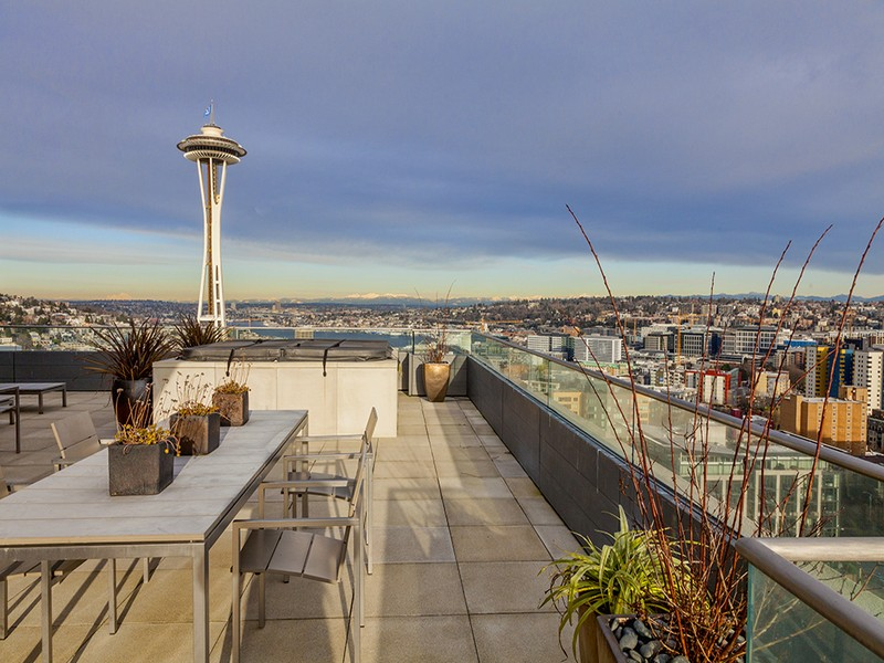 Additional photo for property listing at 2821 2nd Avenue #2301  Seattle, Washington 98121 United States