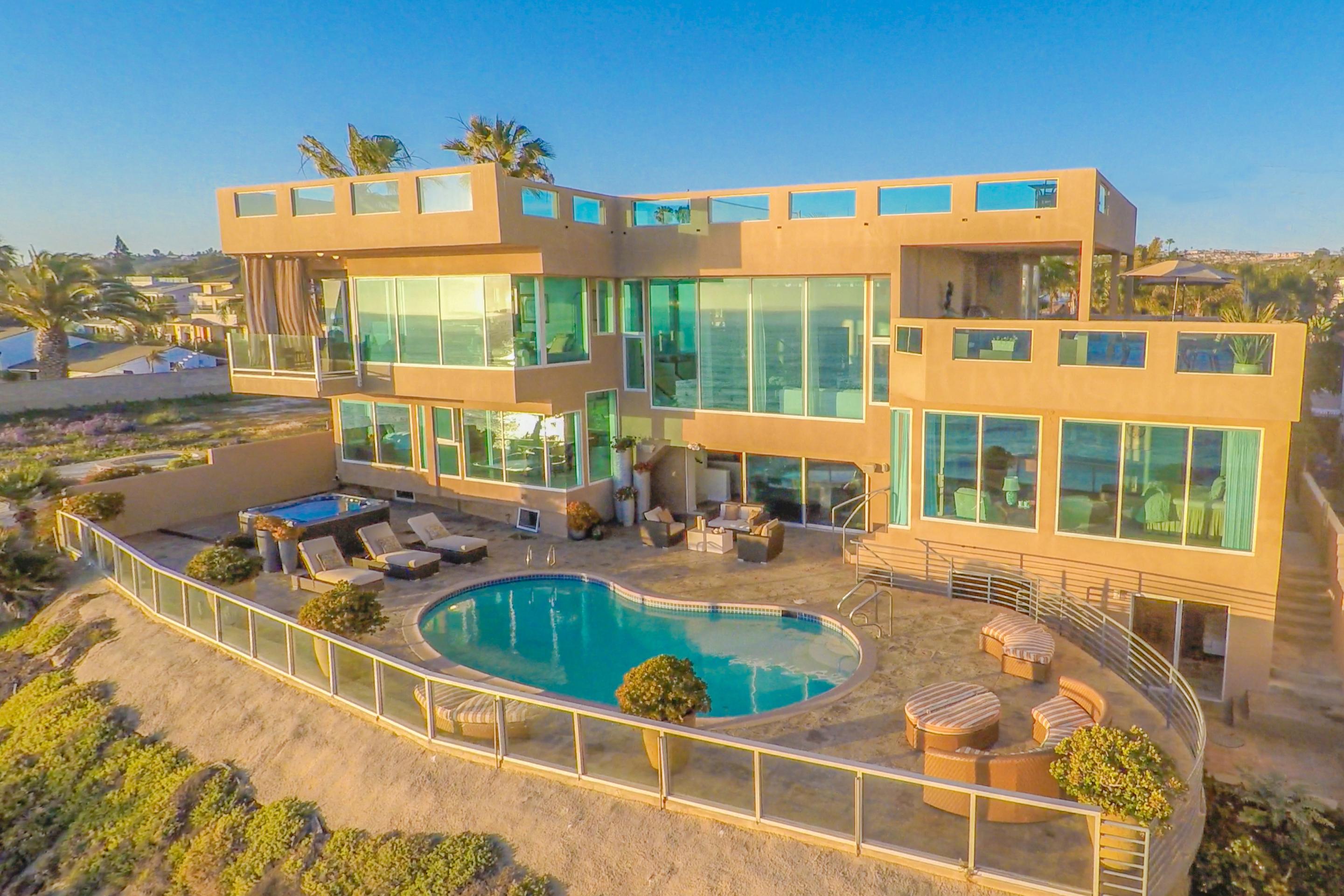 Casa Unifamiliar por un Venta en 5212 Chelsea Street La Jolla, California 92037 Estados Unidos