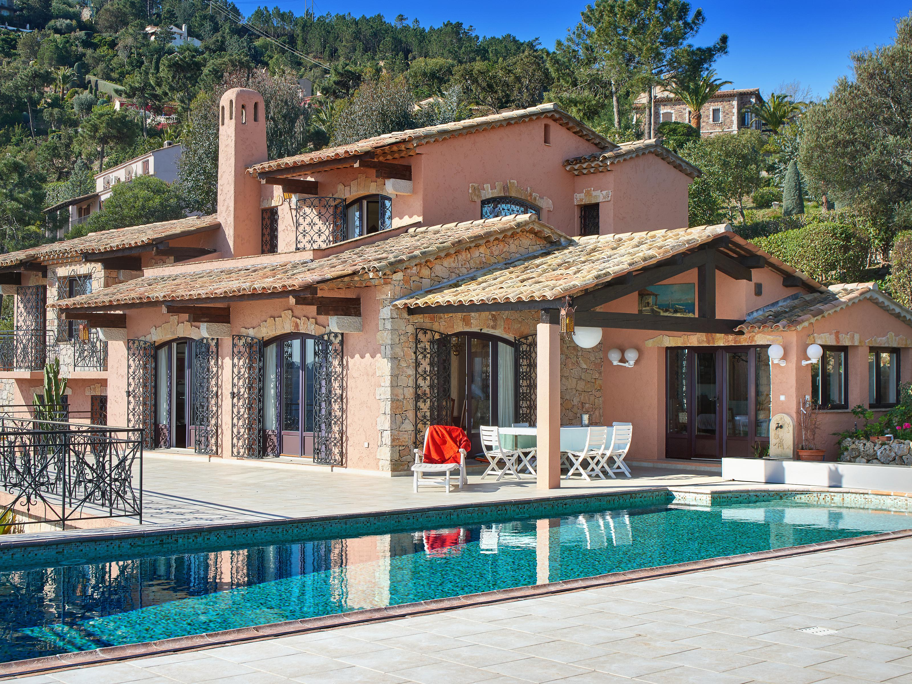 Single Family Home for Sale at Sole Agent. Beautiful provençal property within a private estate for sale Théoule sur Mer Theoule Sur Mer, Provence-Alpes-Cote D'Azur 06590 France