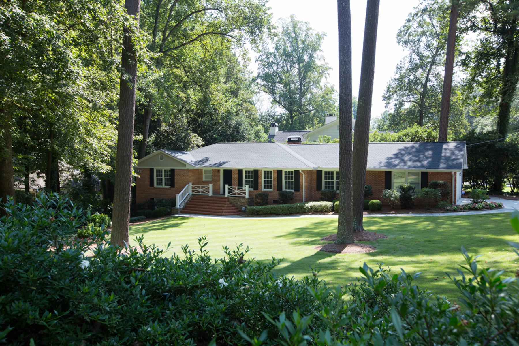 Einfamilienhaus für Verkauf beim Stunning Ranch 480 Hillside Drive NW Chastain Park, Atlanta, Georgia, 30342 Vereinigte Staaten