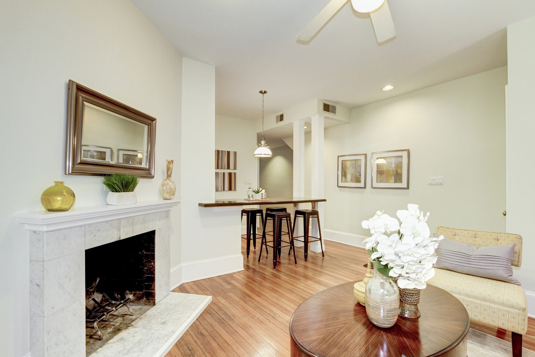 タウンハウス のために 売買 アット 1754 Willard Street Nw 1, Washington Washington, コロンビア特別区 20009 アメリカ合衆国