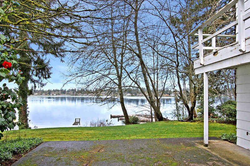 Single Family Home for Sale at Thorne Waterfront 7 Thornewood Lane SW Lakewood, Washington 98498 United States