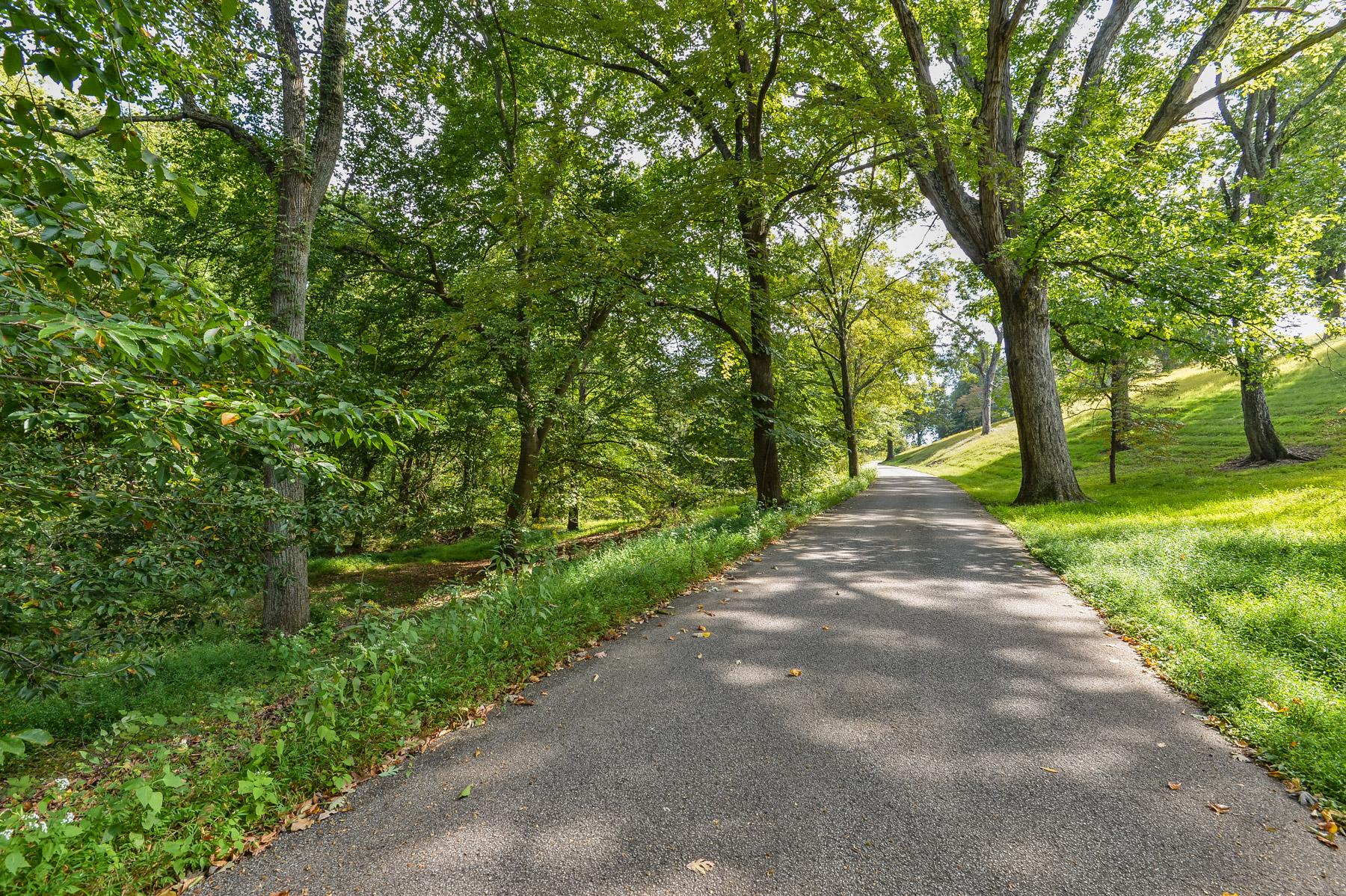 Land for Sale at 6300 Longview Lane Louisville, Kentucky 40222 United States