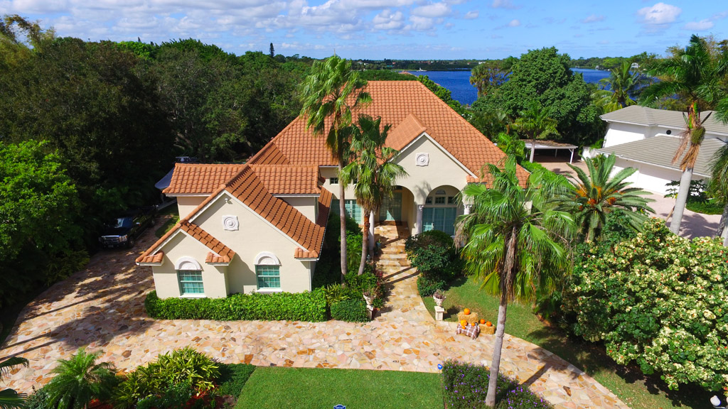 Single Family Home for Sale at 5921 Whitetail Lane Jupiter, Florida, 33458 United States