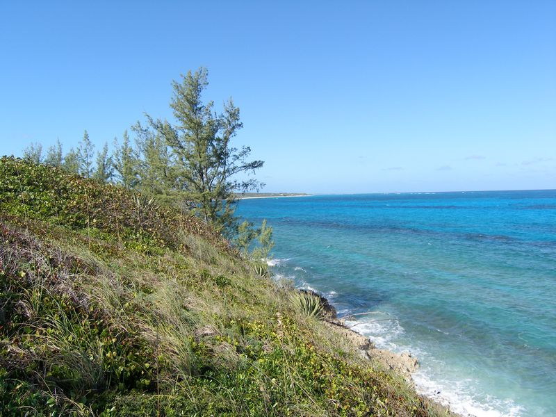 Terrain pour l Vente à Waterfront Lot with Amazing Views Governors Harbour, Eleuthera Bahamas