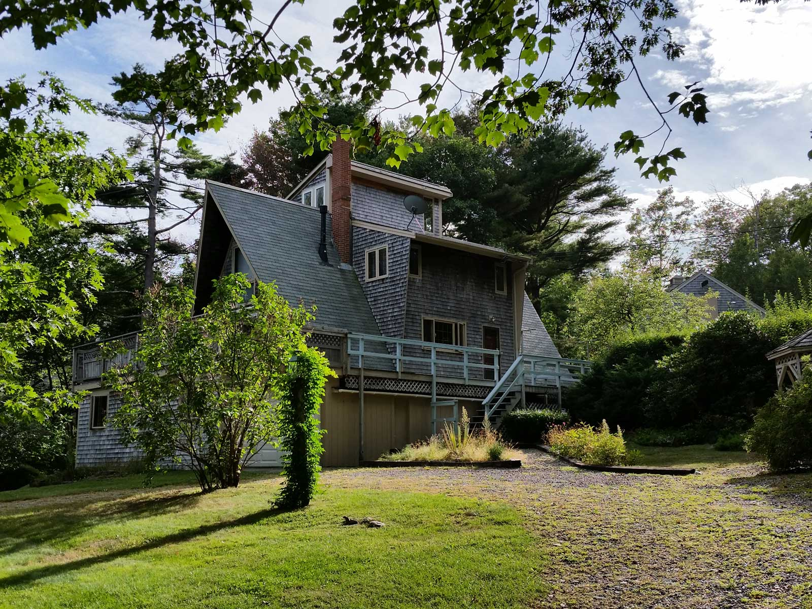 Single Family Home for Sale at Walk to the Beach 173 Shore Road York, Maine 03902 United States