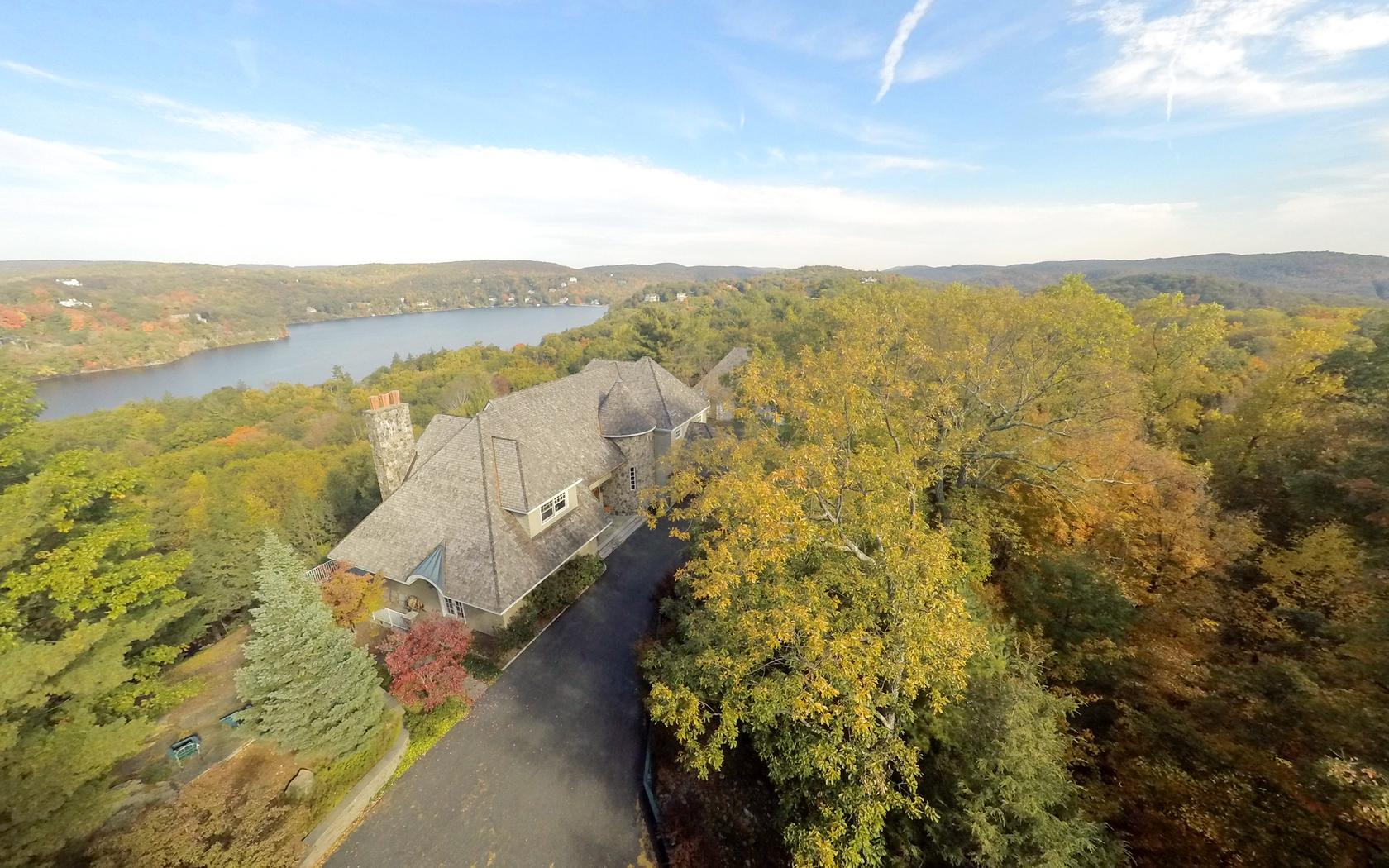 Single Family Home for Sale at Eagle's Nest 24 Ridge Rd Tuxedo Park, New York 10987 United States
