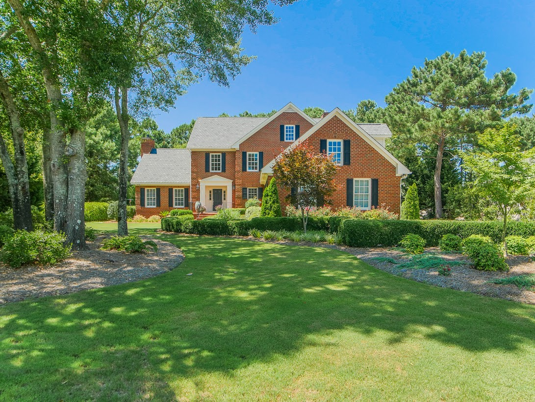 Single Family Home for Sale at Stately all brick estate home in Prestigious Landfall Country Club 1024 Arboretum Drive Wilmington, North Carolina, 28405 United States