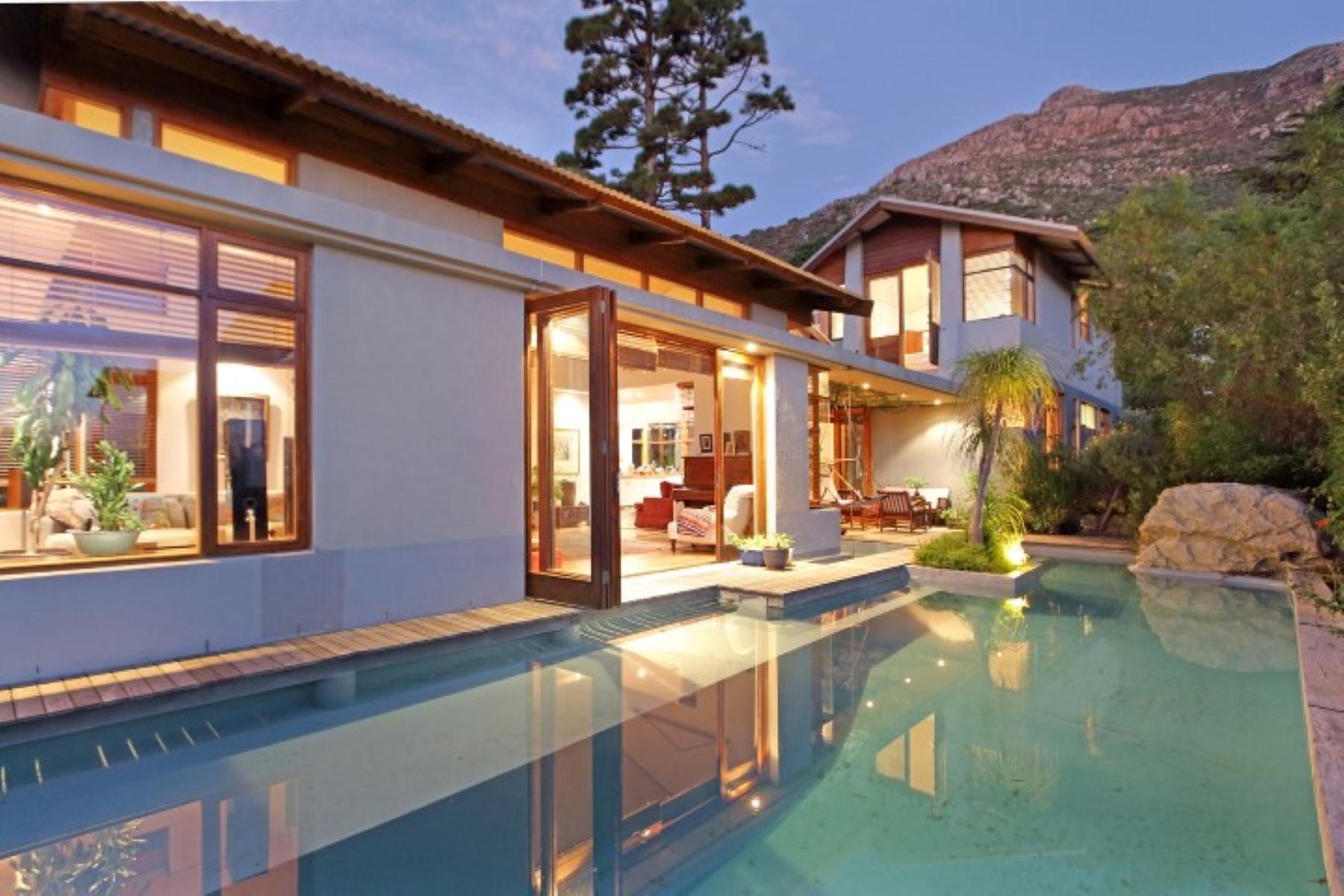 sales property at Retreat Estate