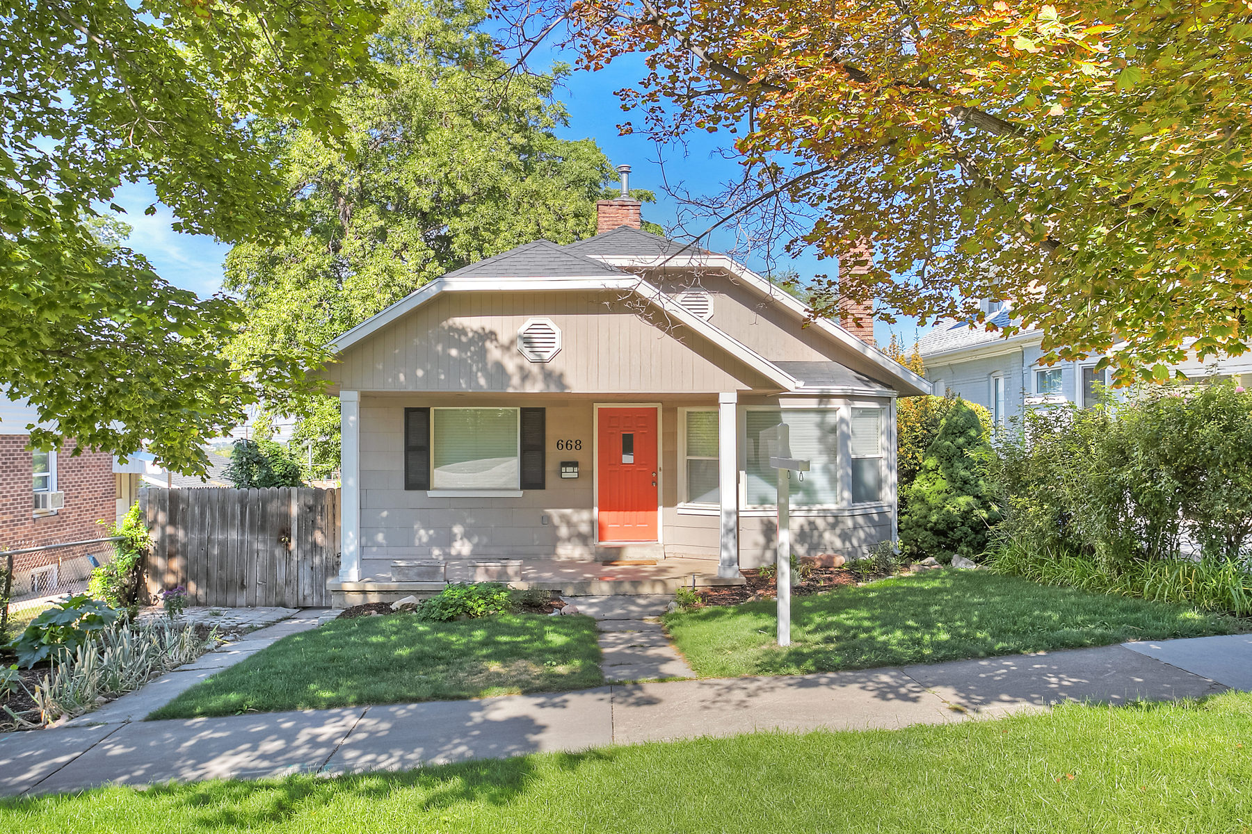 Single Family Home for Sale at Darling Bungalow in Coveted 9th and 9th Neighborhood 668 South 1000 East Salt Lake City, Utah 84102 United States