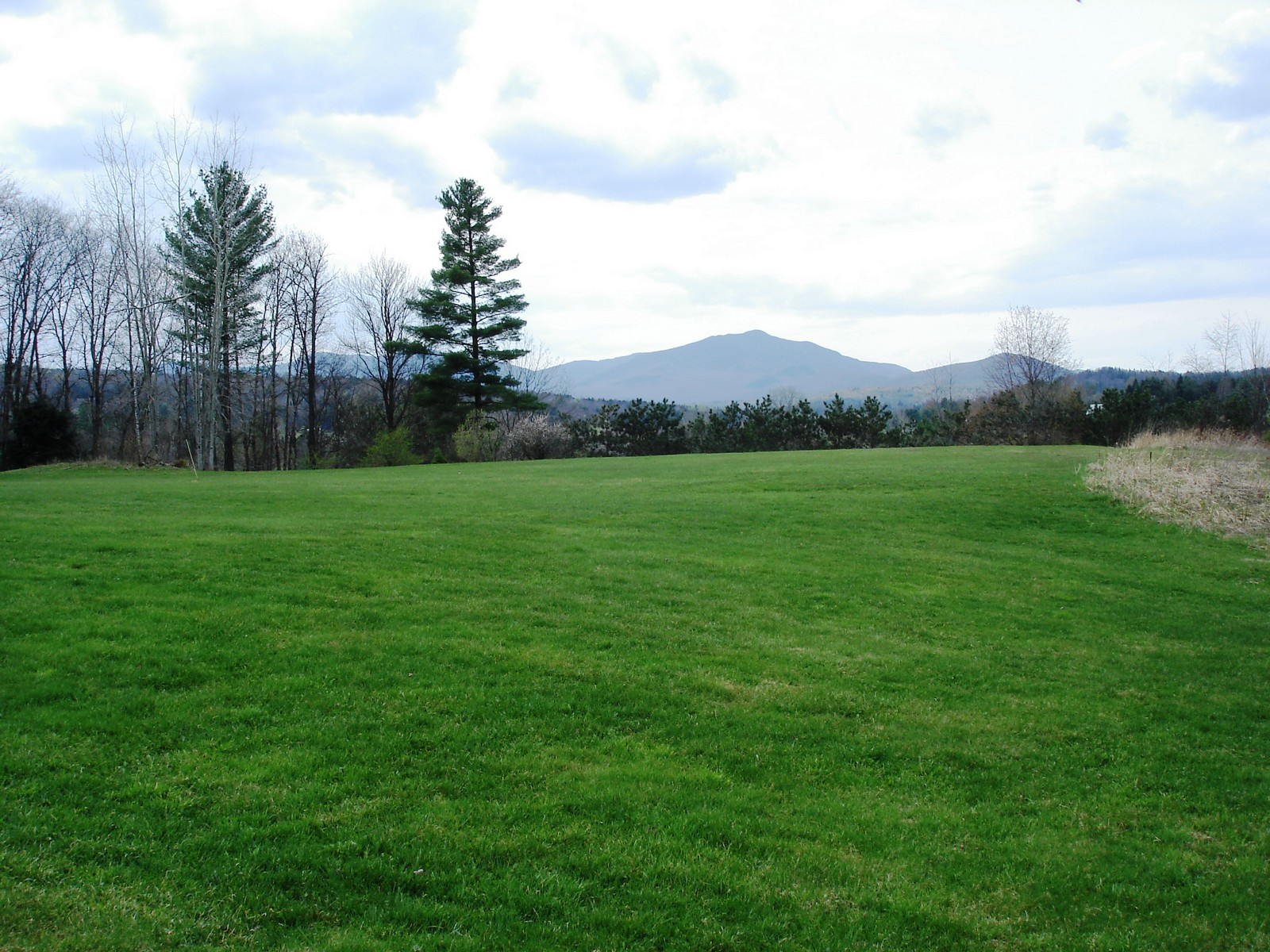 Terreno por un Venta en Mountain View Acres Belanger Lane Lot 1 Morristown, Vermont 05661 Estados Unidos