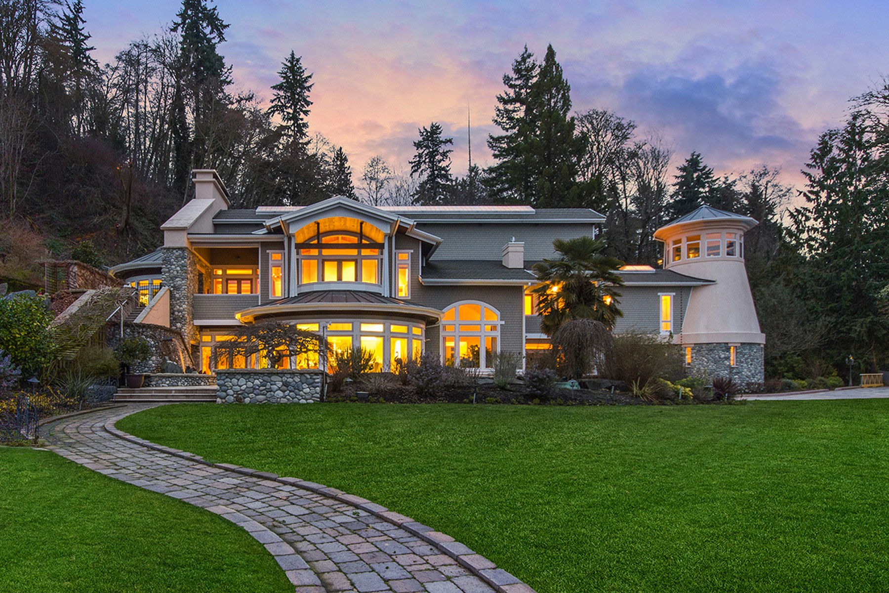 sales property at Vashon Beachfront Estate