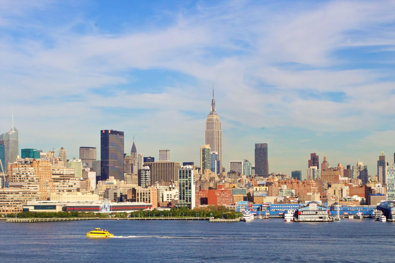 共管式独立产权公寓 为 出租 在 Luxury Condo Rental 1025 Maxwell Lane #1003 霍博肯, 新泽西州 07030 美国
