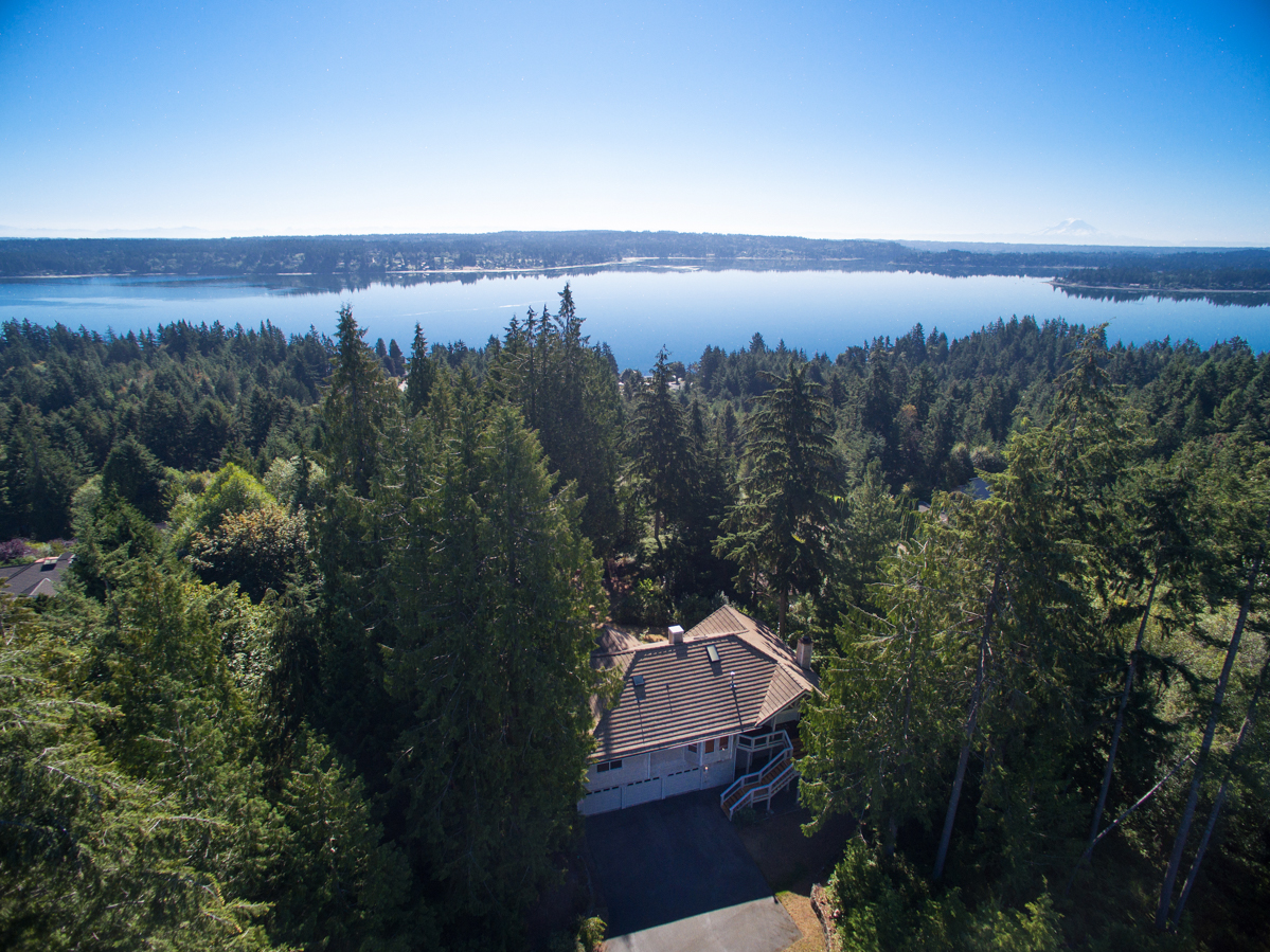 Single Family Home for Sale at Picturesque Dyes Inlet 7289 Lone Eagle Place NW Bremerton, Washington, 98312 United States