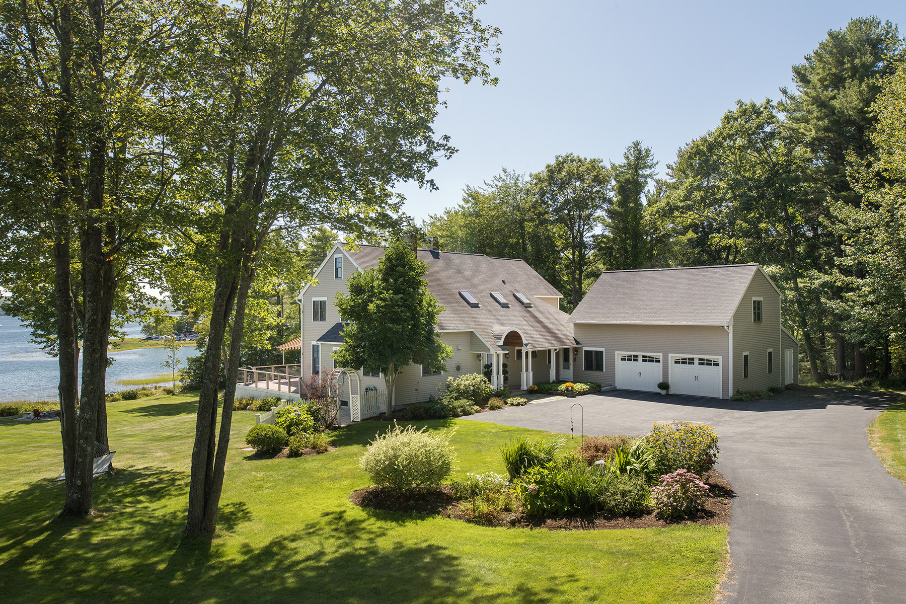 Property For Sale at 90 Shoreview Drive