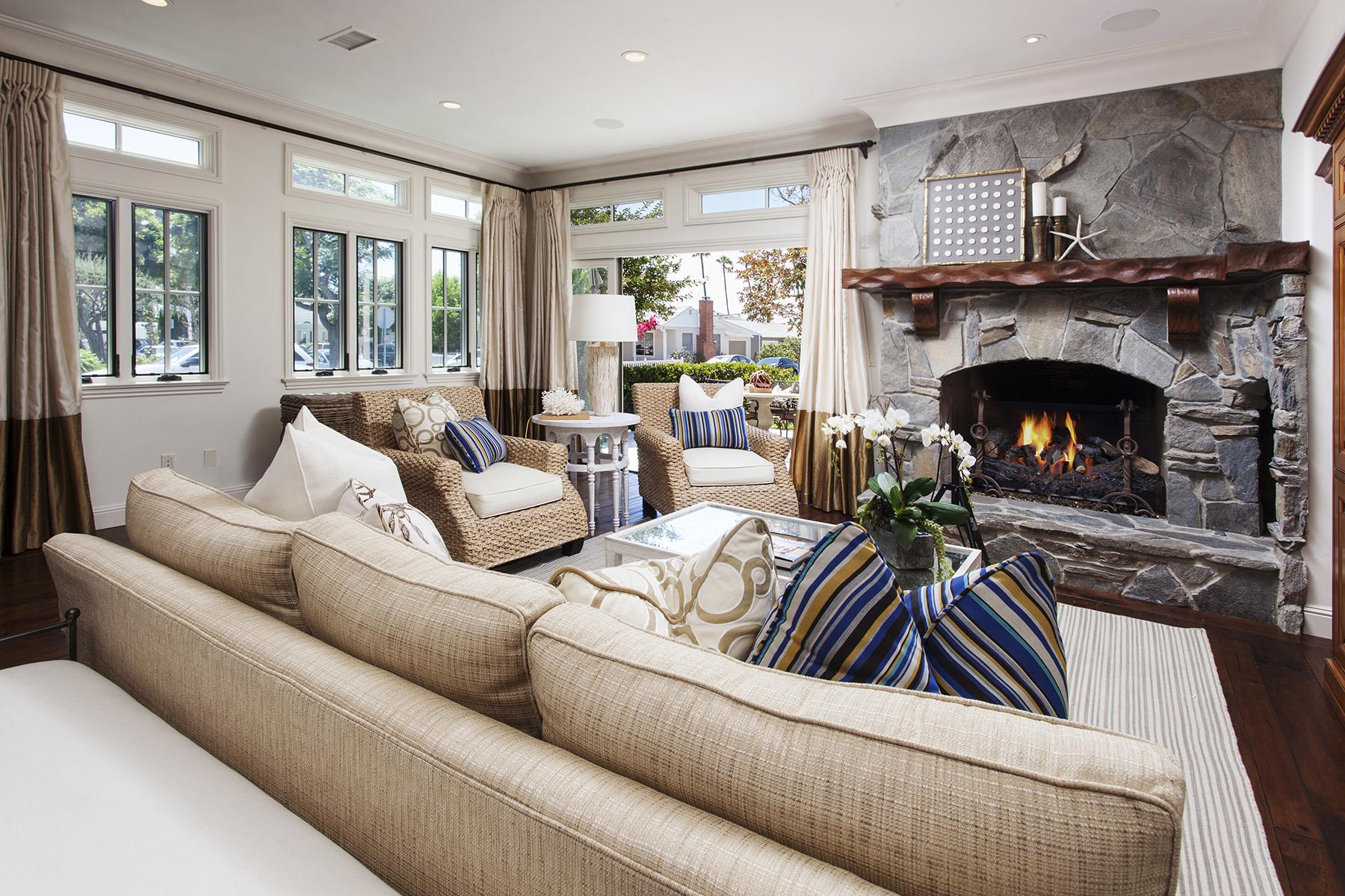 단독 가정 주택 용 매매 에 700 Heliotrope Ave Corona Del Mar, 캘리포니아 92625 미국