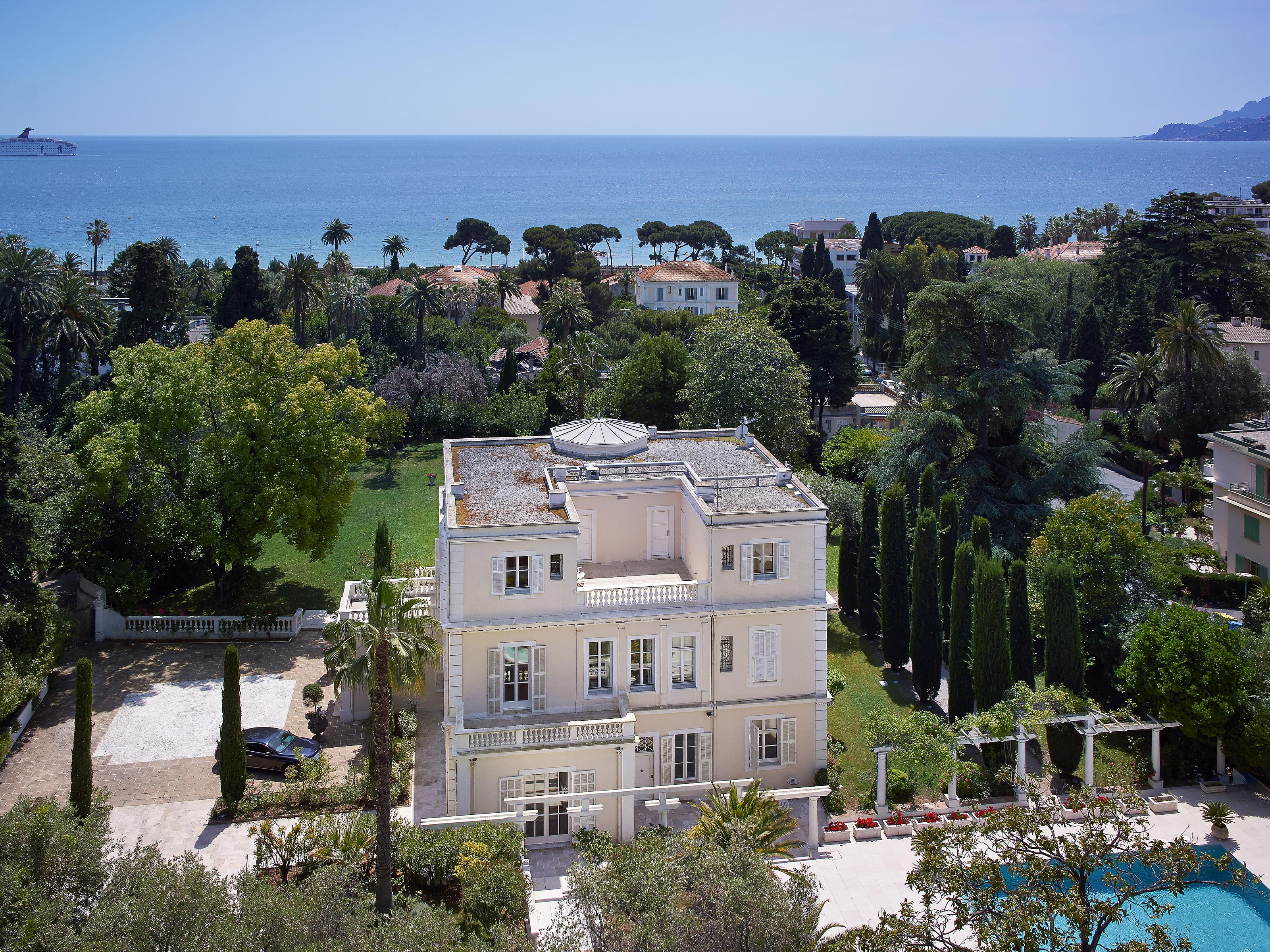 Single Family Home for Sale at Villa Belle Epoque Cannes Cannes, Provence-Alpes-Cote D'Azur 06400 France