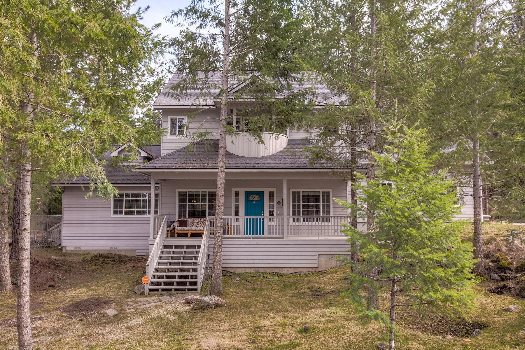 Tek Ailelik Ev için Satış at 2-Story Secondary Waterfront 246 S Lower Crystal Bay Rd Post Falls, Idaho, 83854 Amerika Birleşik Devletleri