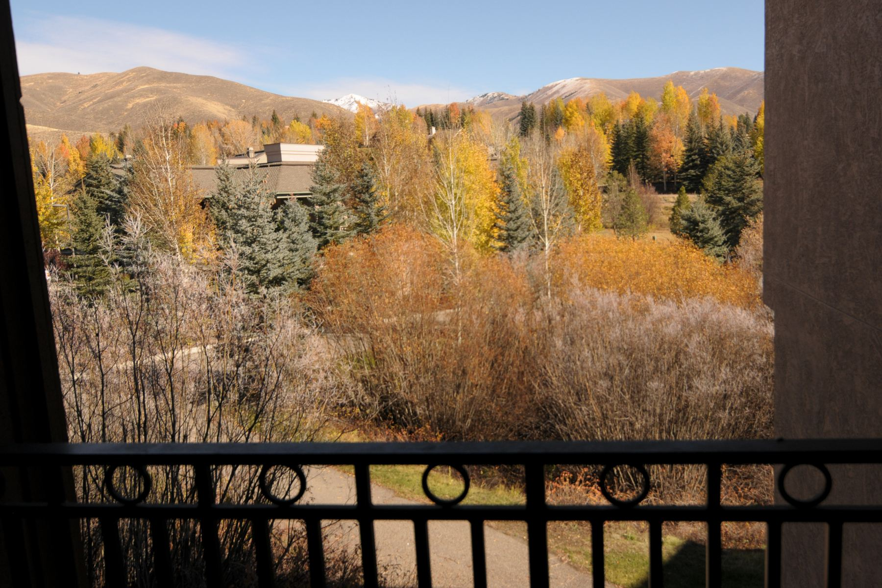 Additional photo for property listing at Unique Elkhorn Condo 2806 Summit Condo 1 Dr Sun Valley, Idaho 83353 États-Unis