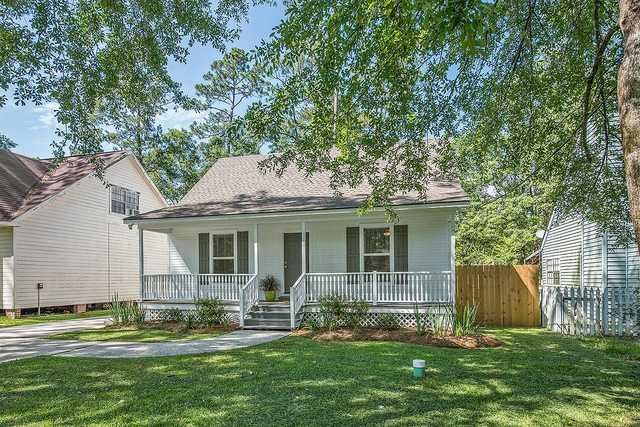Maison unifamiliale pour l Vente à 2006 Teal Street Slidell, Louisiana, 70460 États-Unis