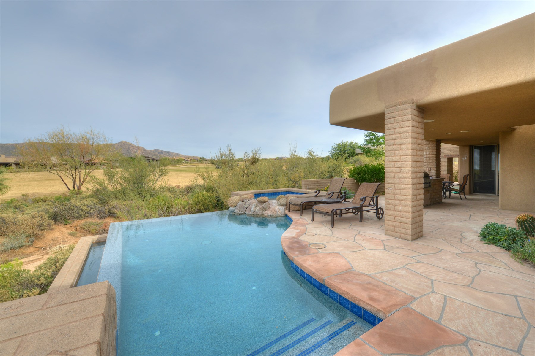 rentals property at Fabulous Home Located On The 8th Hole Of The Apache Golf Course