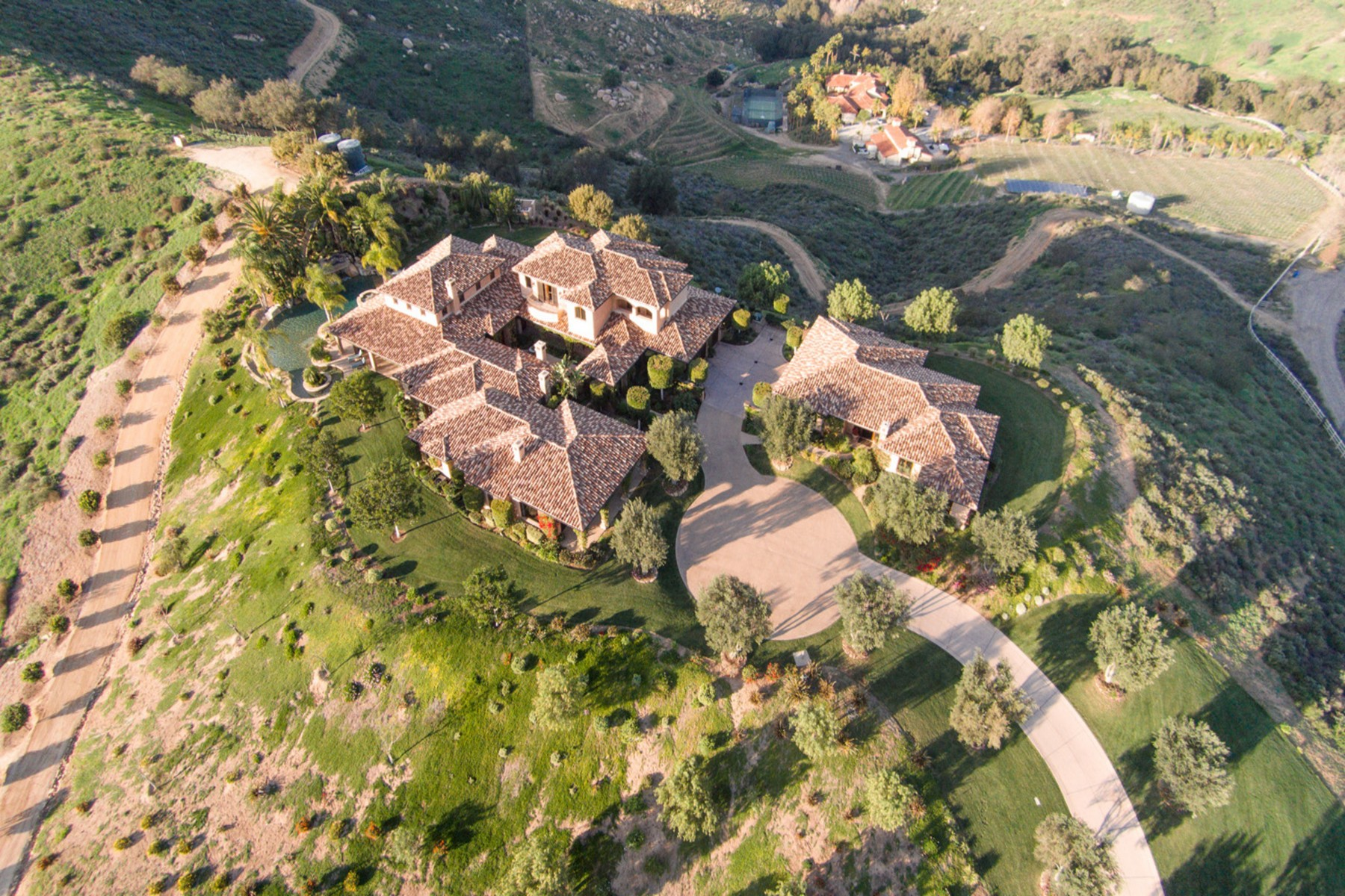 Single Family Home for Sale at 18880 Old Coach Way Poway, California 92064 United States
