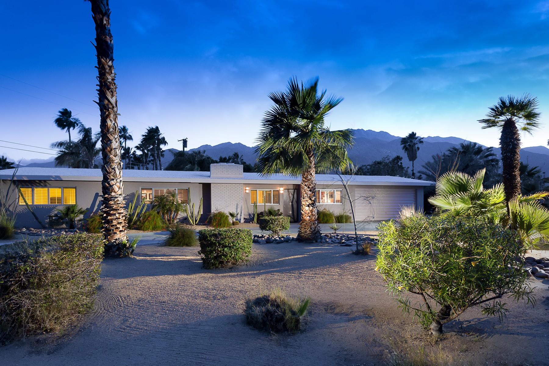独户住宅 为 销售 在 2053 East McManus Drive 棕榈泉, 加利福尼亚州, 92262 美国