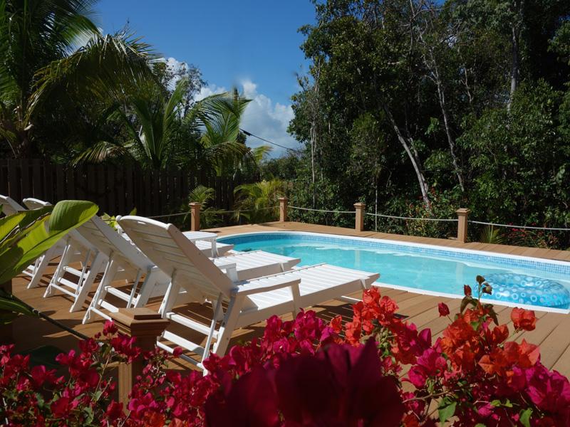 Casa para uma família para Venda às Cozy Corner Elbow Cay Hope Town, Abaco, Bahamas
