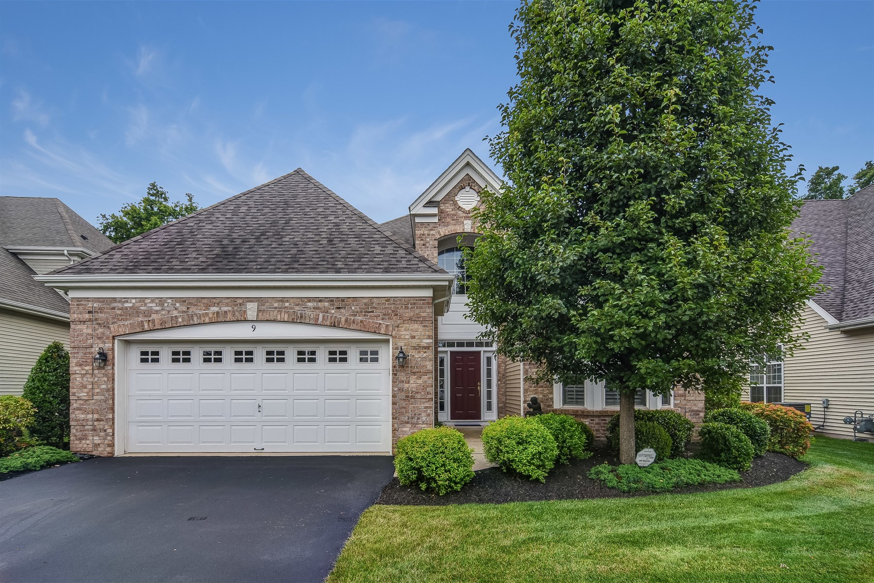 Single Family Home for Sale at Gorgeous Colonial 9 Schindler Court Franklin Twp, 08873 United States